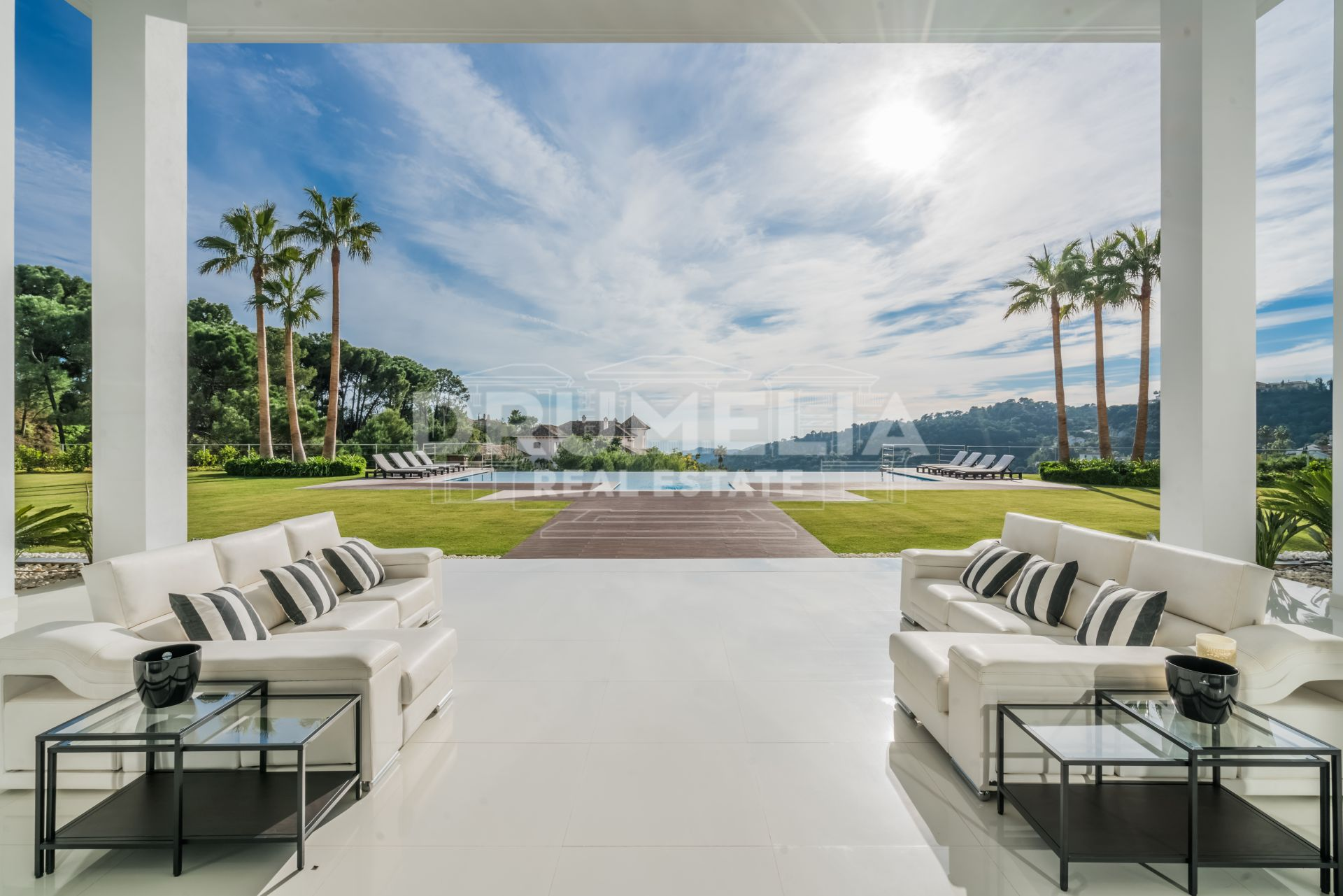 Benahavis, Truly Breath-taking New Modern Villa in La Zagaleta