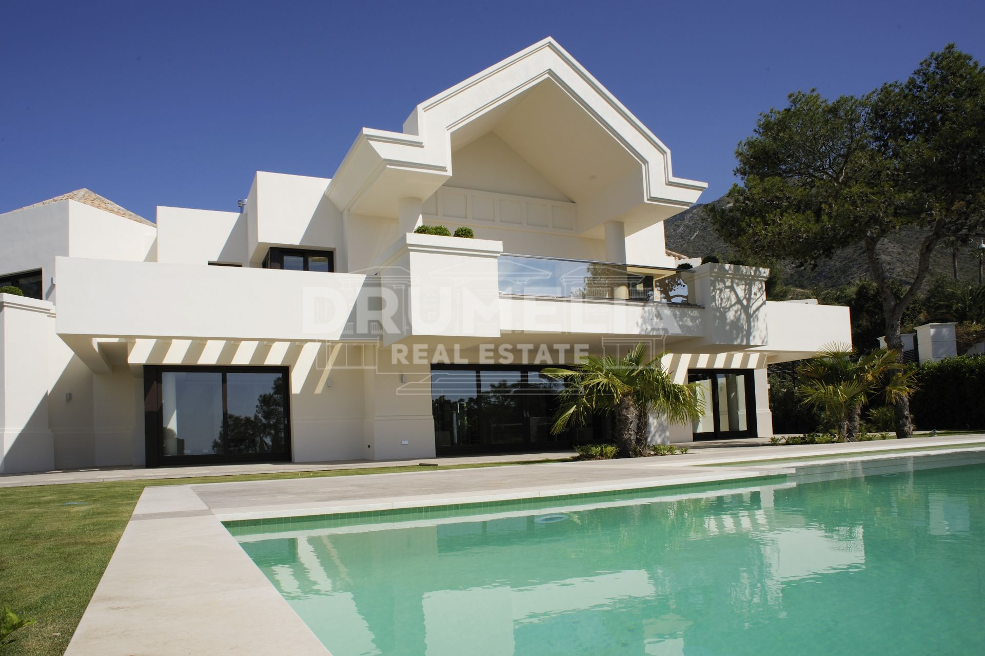Marbella Golden Mile, Stunning modern dream villa