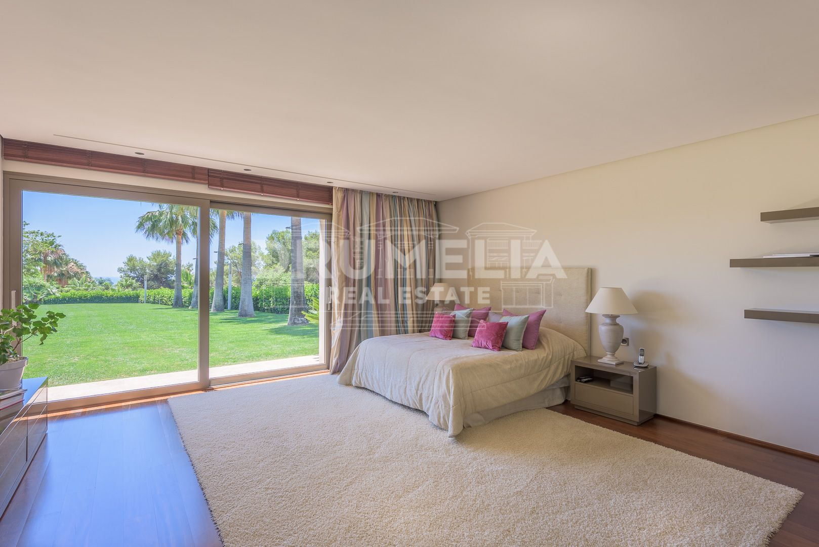 Marbella Golden Mile, Astonishing Villa in Quinta de Sierra Blanca, Marbella Golden Mile