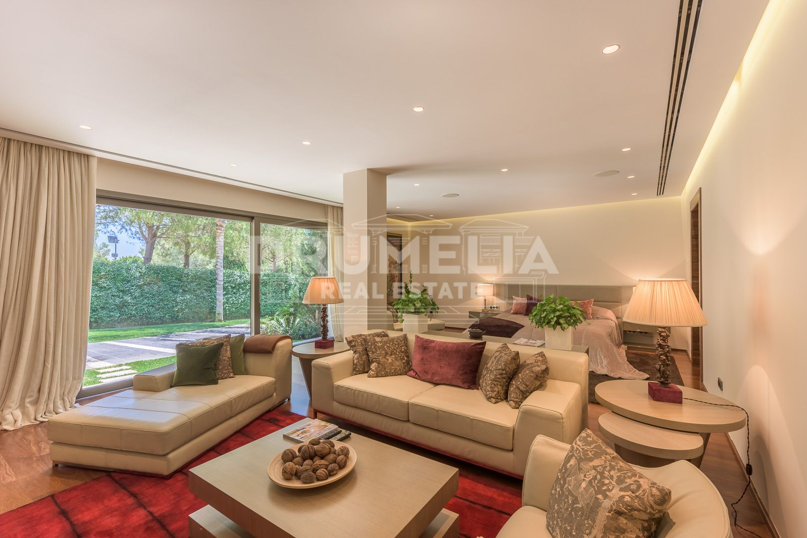 Marbella Golden Mile, Astonishing Villa in Marbella Golden Mile