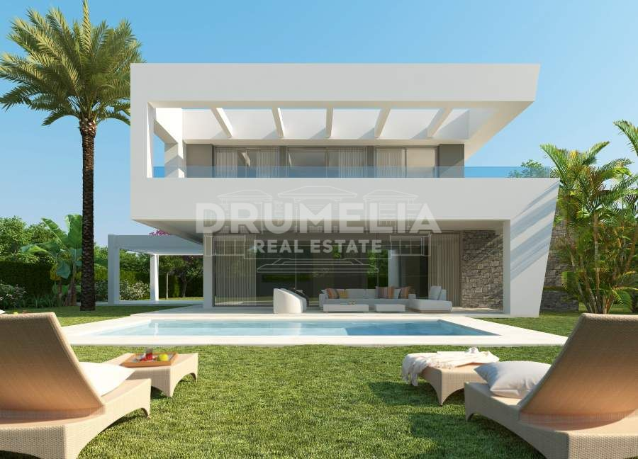 Marbella East, Excellent Contemporary Villa in Rio Real Golf, Marbella East