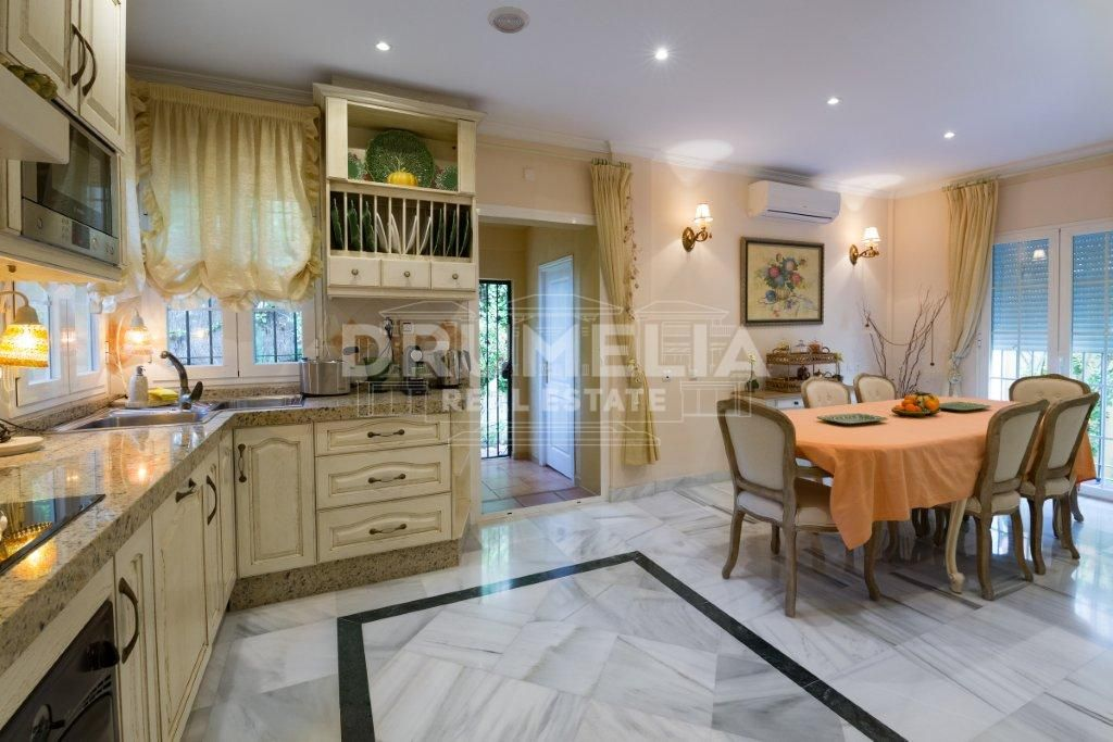 Marbella, Excellent Semi Detached Villa, El Mirador, Marbella