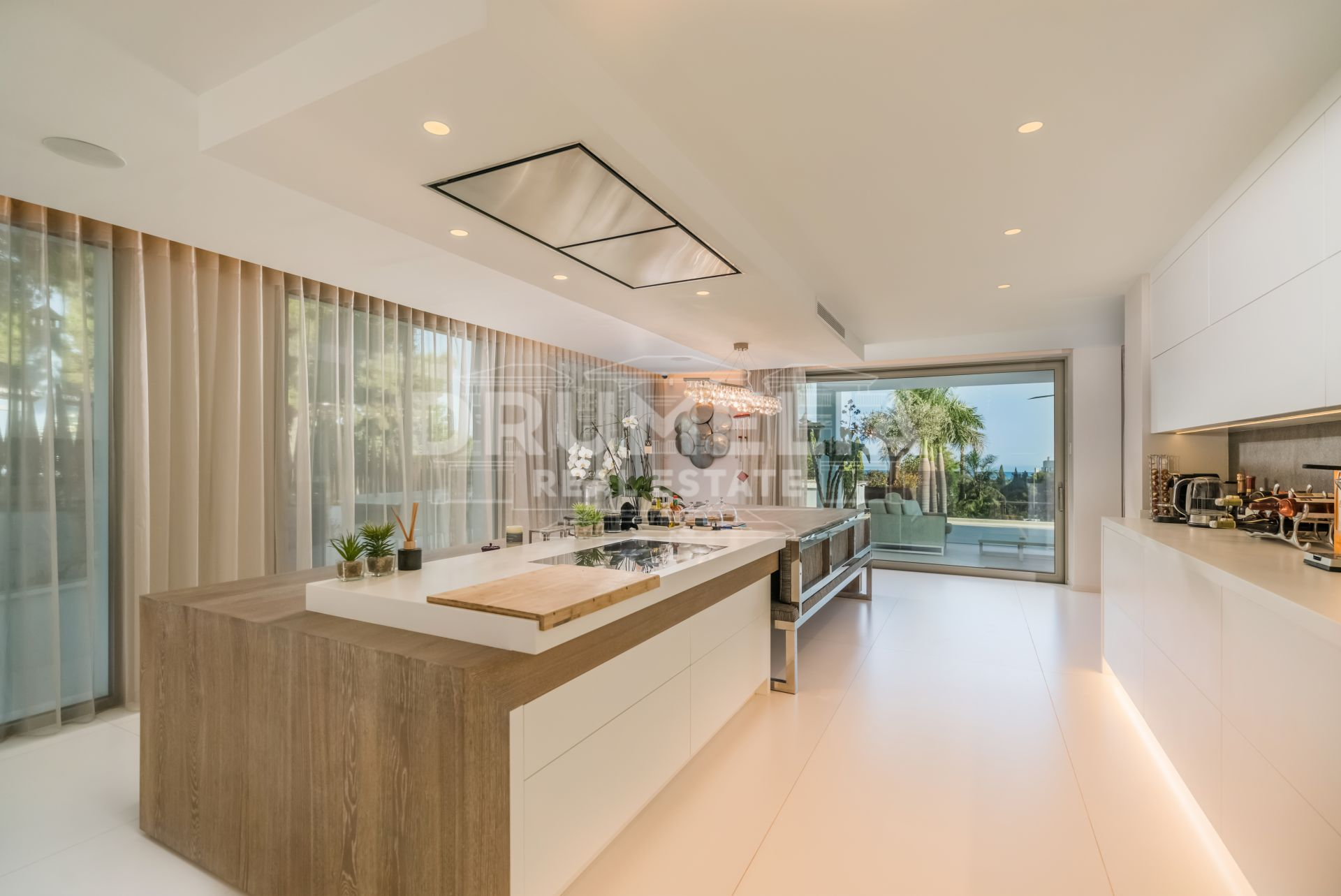 Marbella Golden Mile, Outstanding Luxury Modern Villa, Cascada de Camojan, Marbella Golden Mile