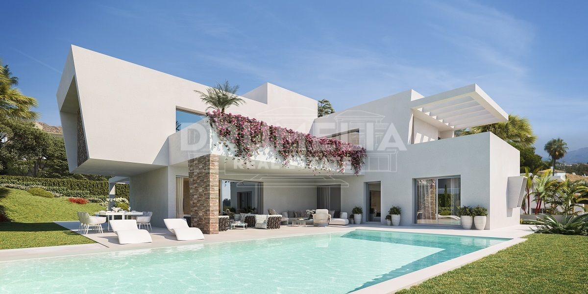 Estepona, New Luxury Modern Villa in New Development, Monte Biarritz, Estepona