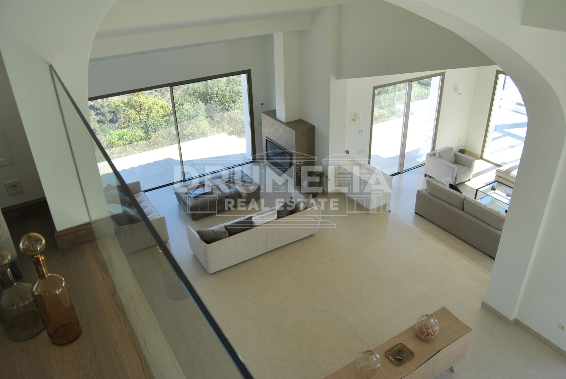 Benahavis, Outstanding new built villa with panoramic views