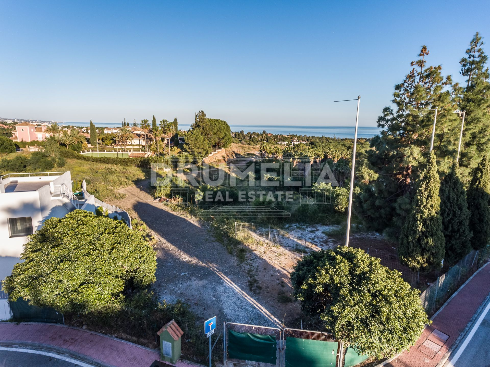 Marbella Golden Mile, Fabulous Plot with a Project of Modern Luxury Villa, Las Lomas del Marbella Club, Marbella Golden Mile (Marbella)
