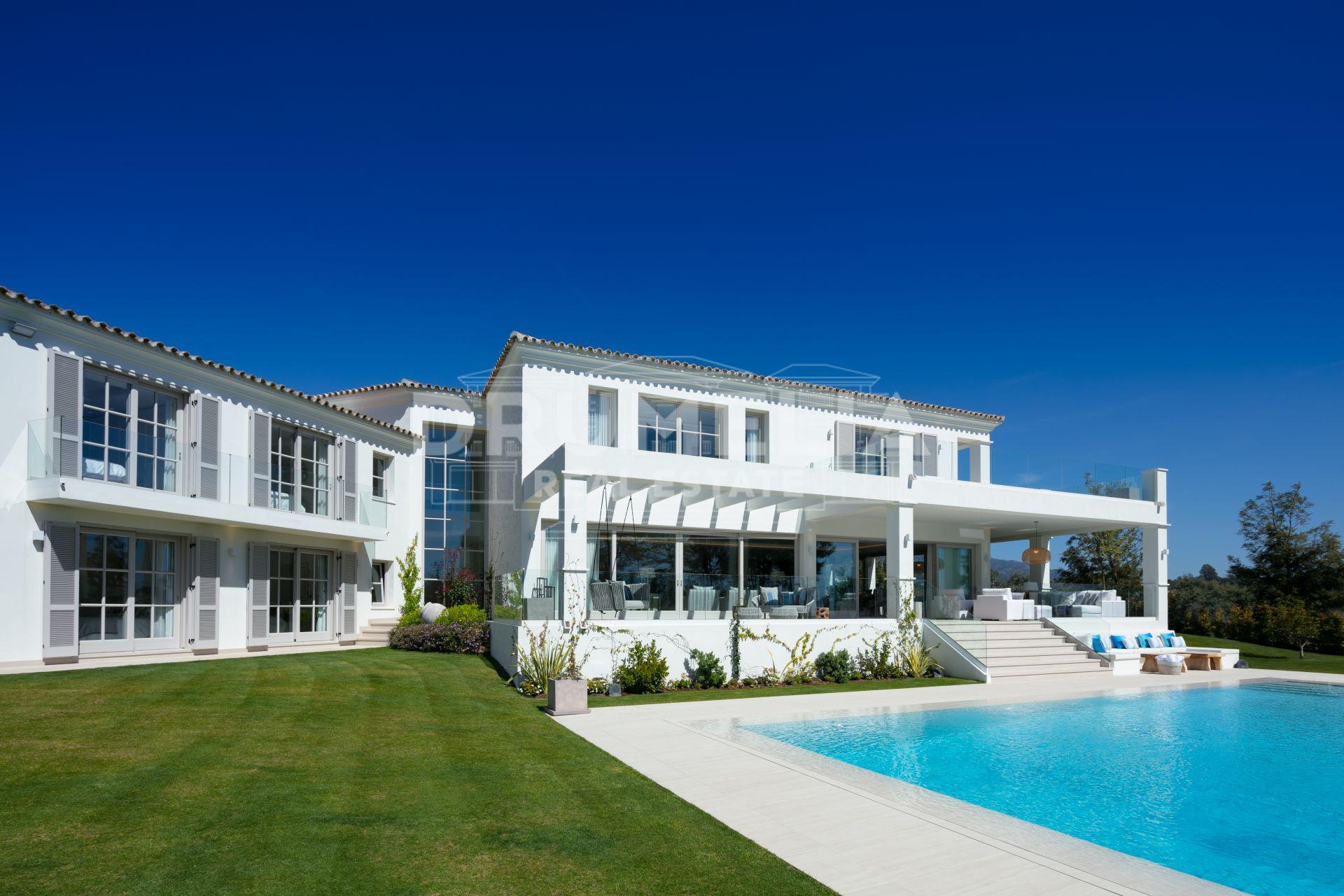 Impressive Frontline Golf Modern Luxury Villa, Nueva Andalucía, Marbella
