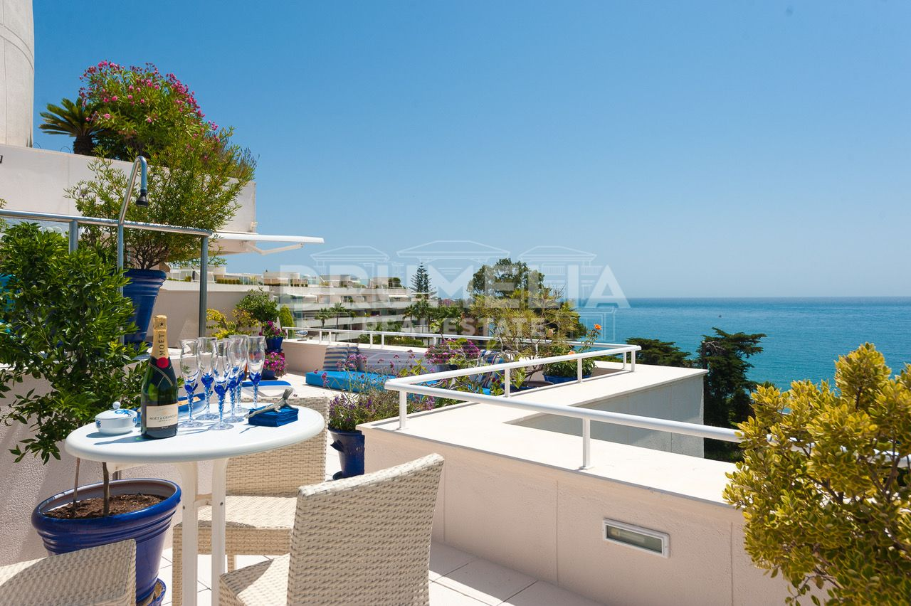 Estepona, Unique Frontline Penthouse with Stunning Views, Los Granados Playa, Estepona