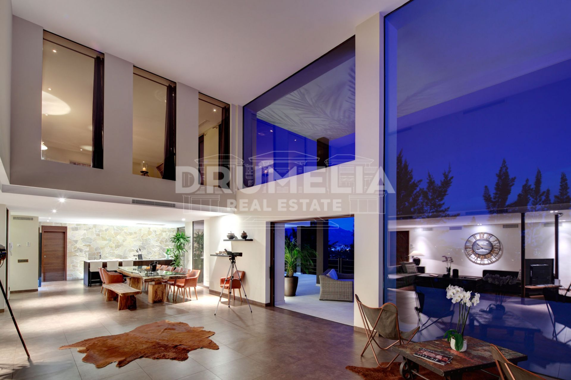 Benahavis, Exceptional Frontline Golf Modern Luxury Villa with Stunning Panoramic Views, La Alqueria, Benahavis.
