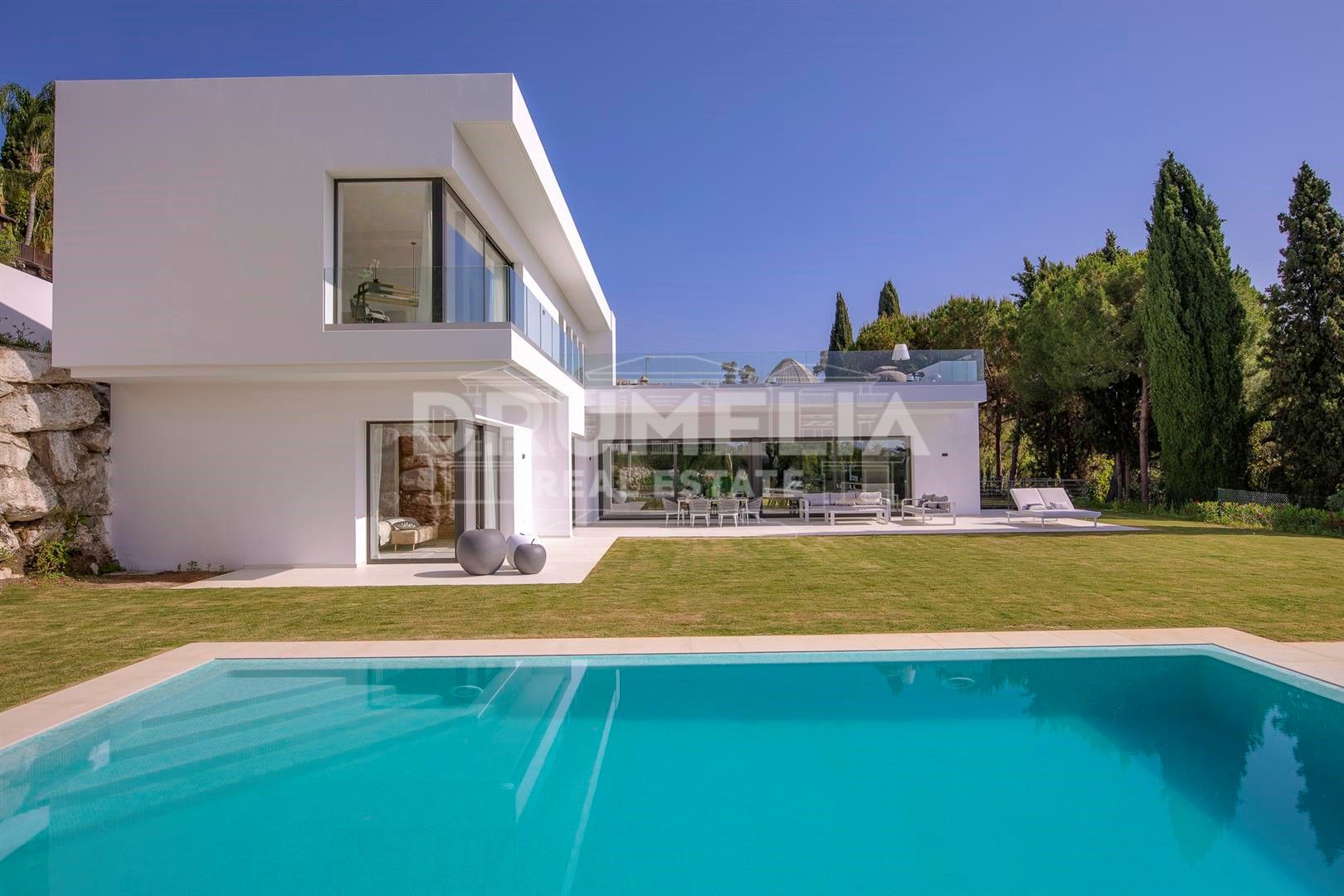 Benahavis, New Sophisticated Contemporary Style Luxury Villa in Benahavis area