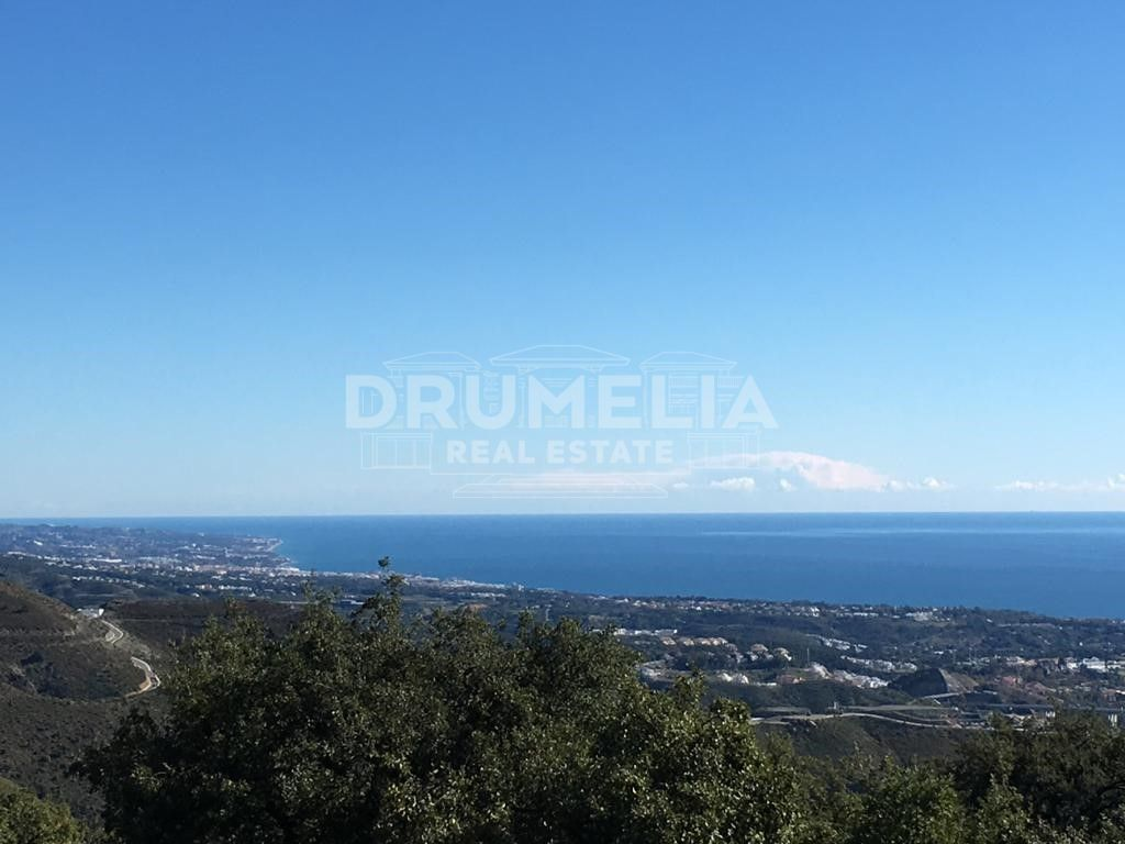 Benahavis, Exclusive Large Plot with Panoramic Views, La Zagaleta, Benahavis