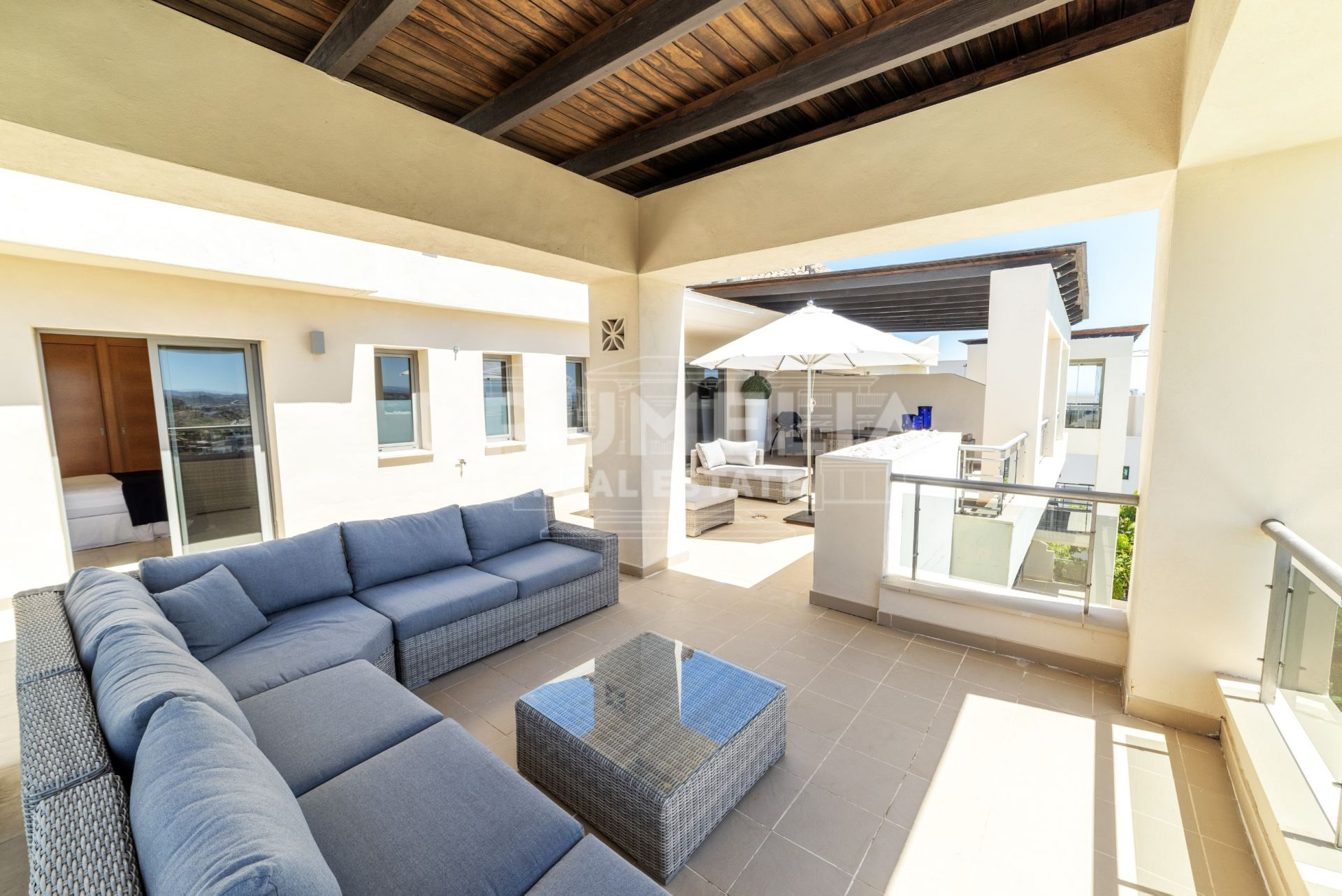 Benahavis, Splendid Frontline Golf Modern Luxury Penthouse with Stunning Panoramic Views, Acosta los Flamingos, Benahavis