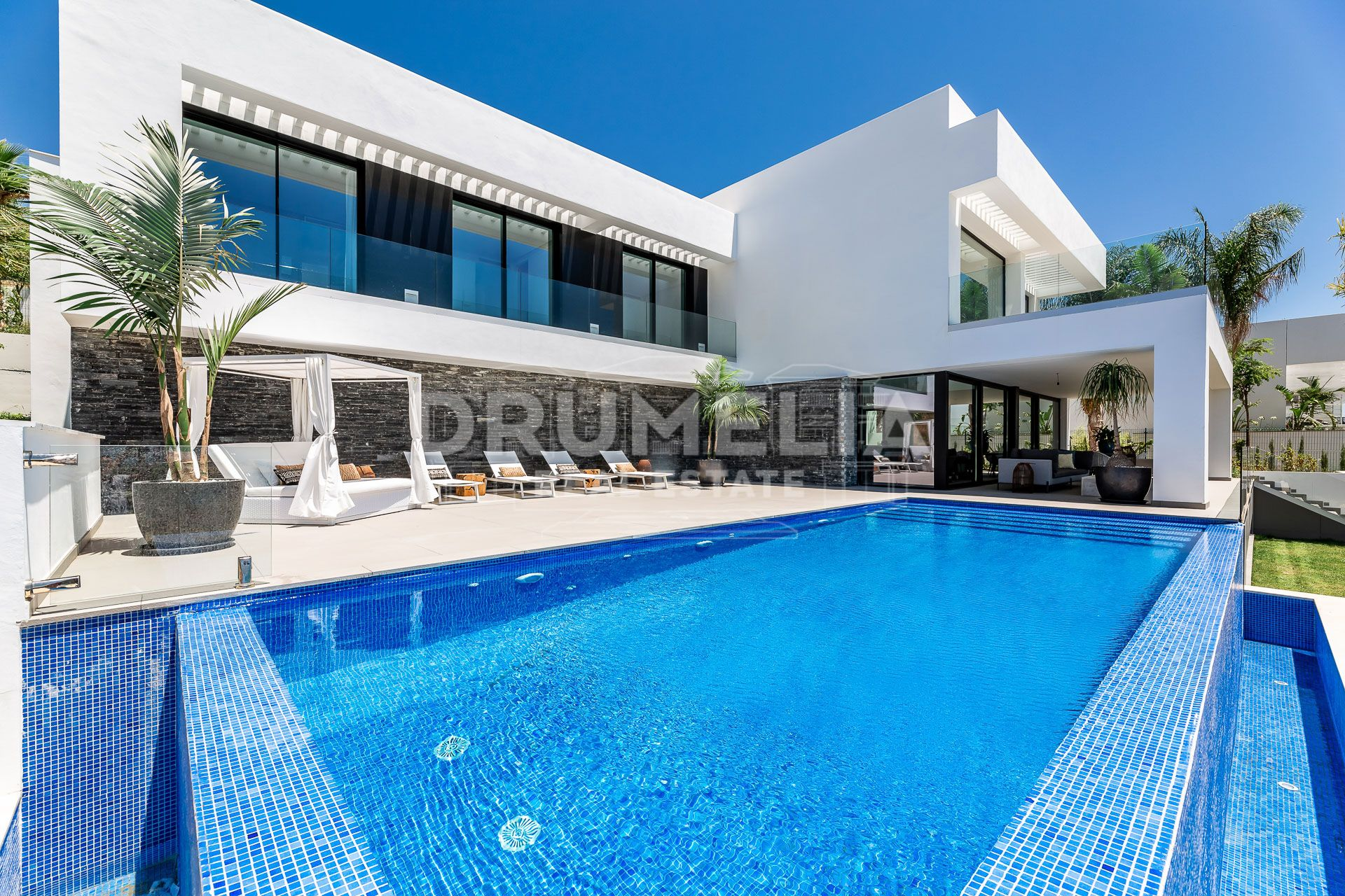 Benahavis, Elegant New Modern Luxury Villa, Los Flamingos Golf, Benahavis