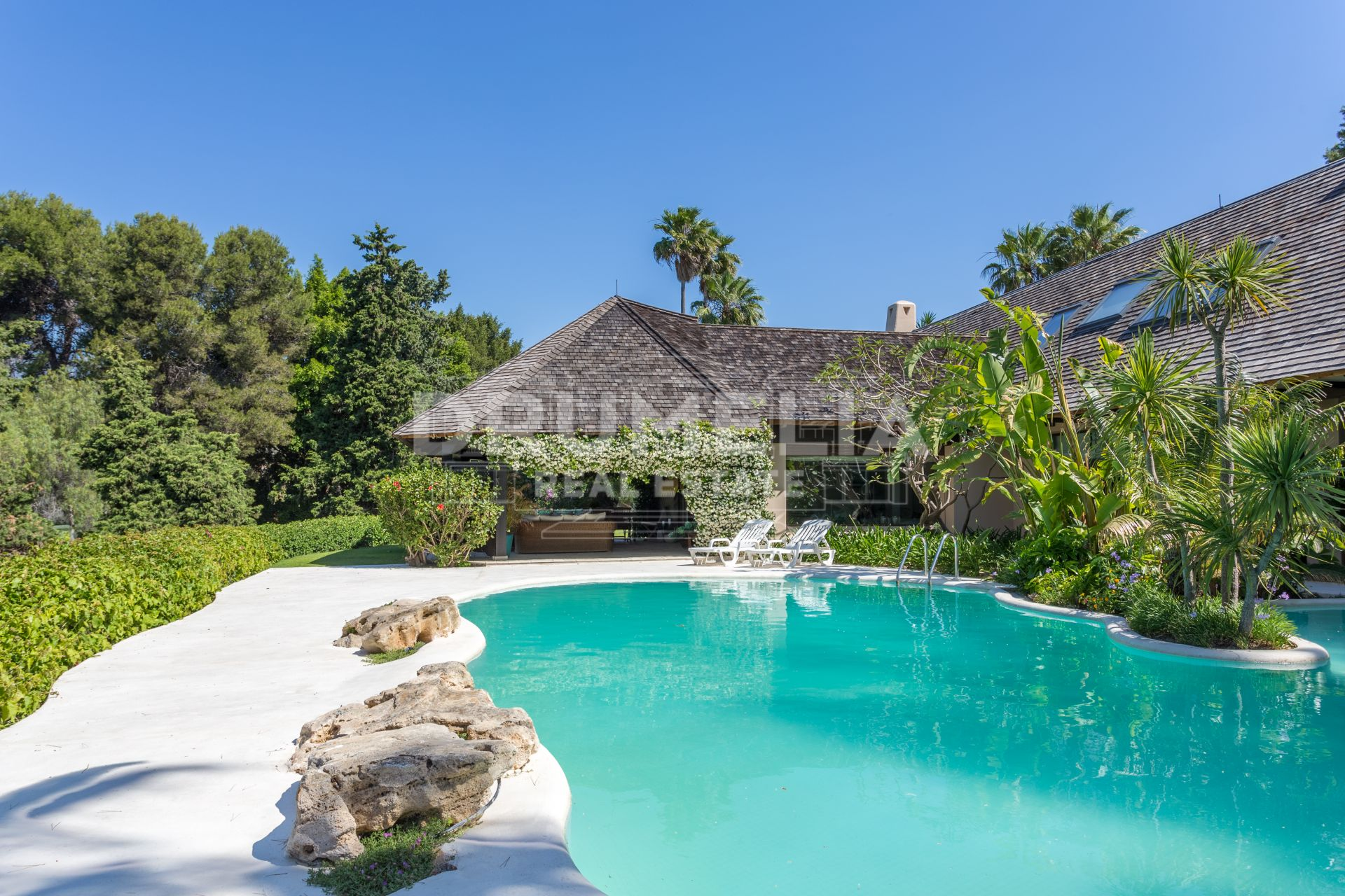 Marbella East, Exquisite Luxury Front Golf Villa, Rio Real Golf, Marbella East (Marbella)
