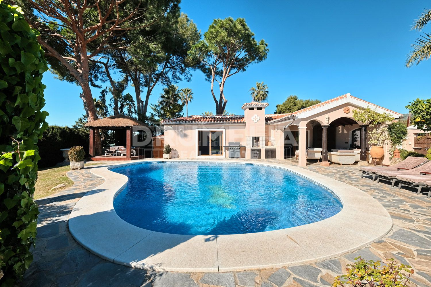 Marbella East, Exquisite Luxury Villa in Elviria, Marbella East (Marbella)