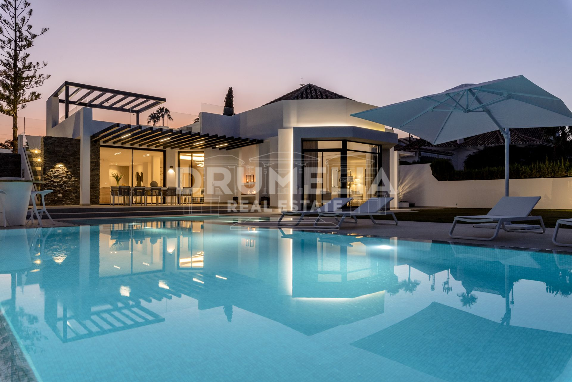 Nueva Andalucia, New Stylish Frontline Golf State-of-the-art Modern Luxury Villa, Aloha Golf Club, Nueva Andalucía, Marbella.