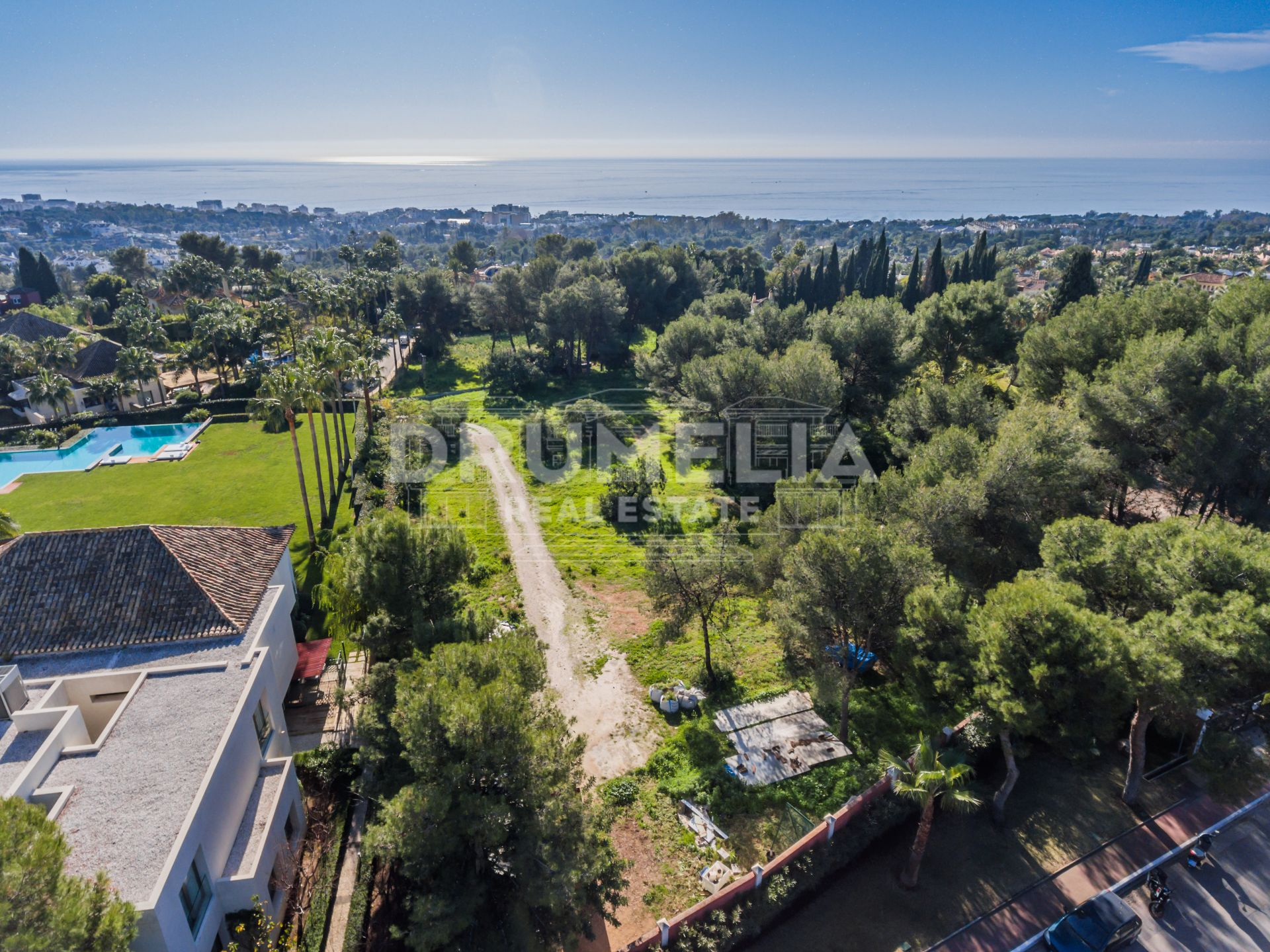 Marbella Golden Mile, Fabuous Large Plot with Sea Views in La Quinta de Sierra Blanca, Marbella Golden Mile (Marbella)