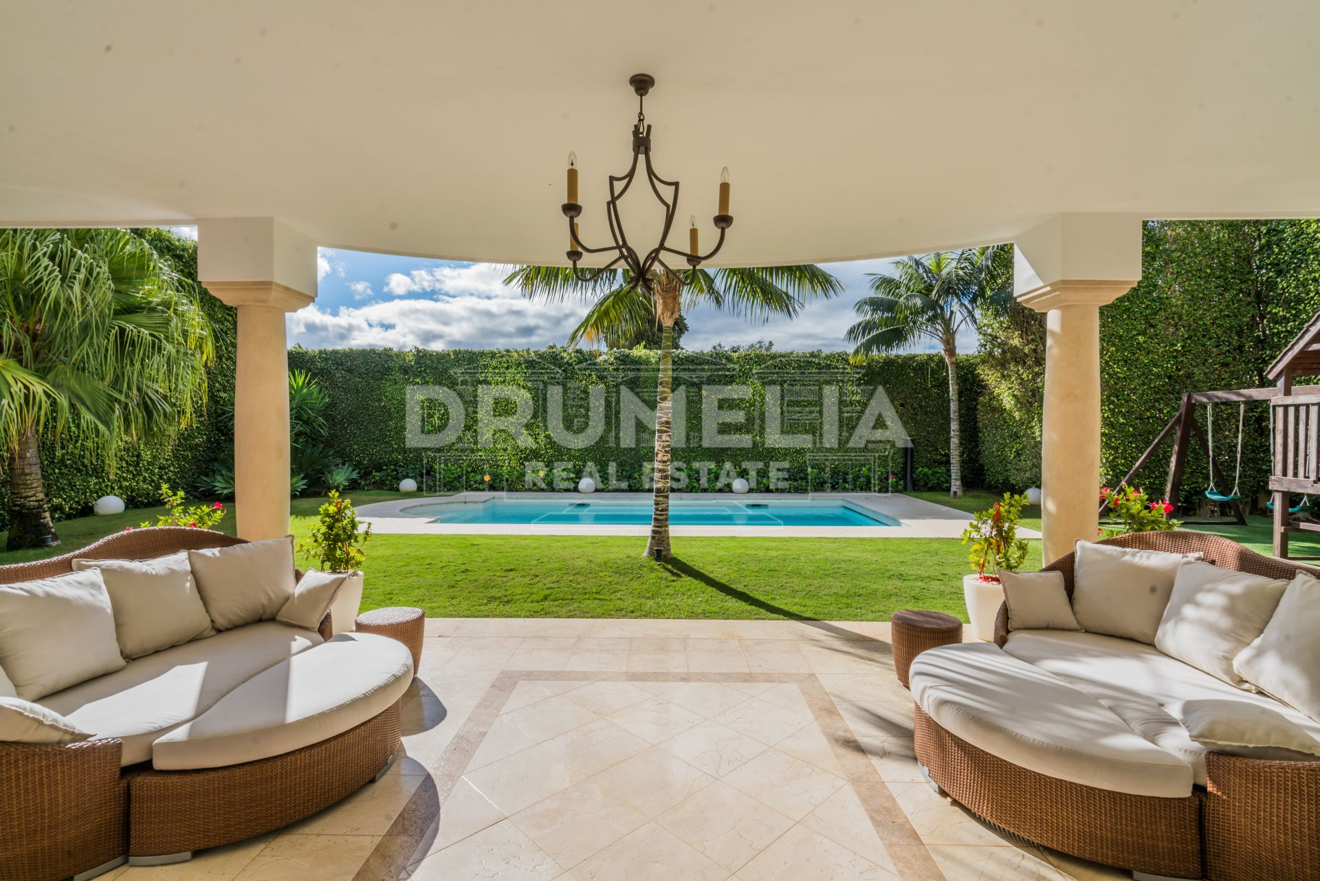 Marbella Golden Mile, Magnificent Classic Villa, Casablanca, Marbella Golden Mile