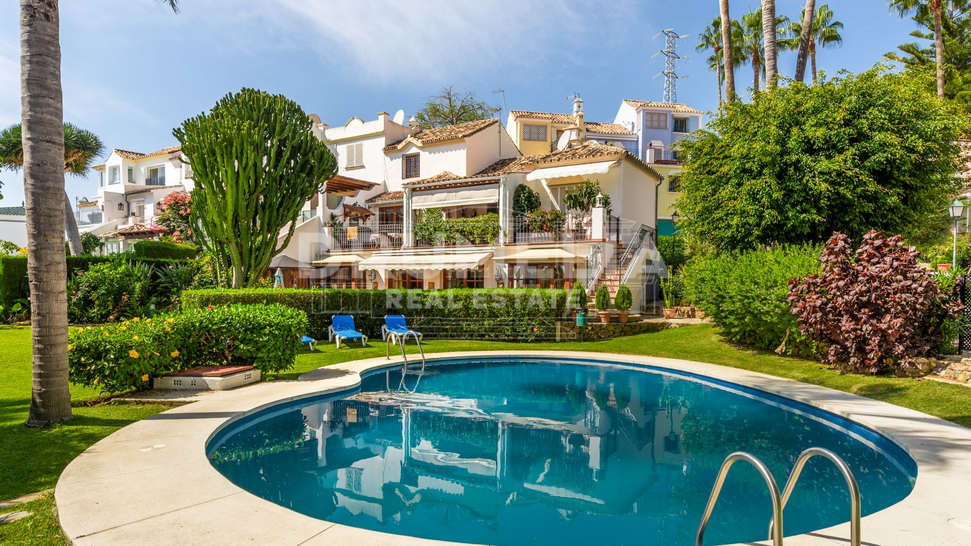 Marbella Golden Mile, Remarkable Semi-Detached Luxurious House in Marbella Hill Club, Golden Mile, Marbella.