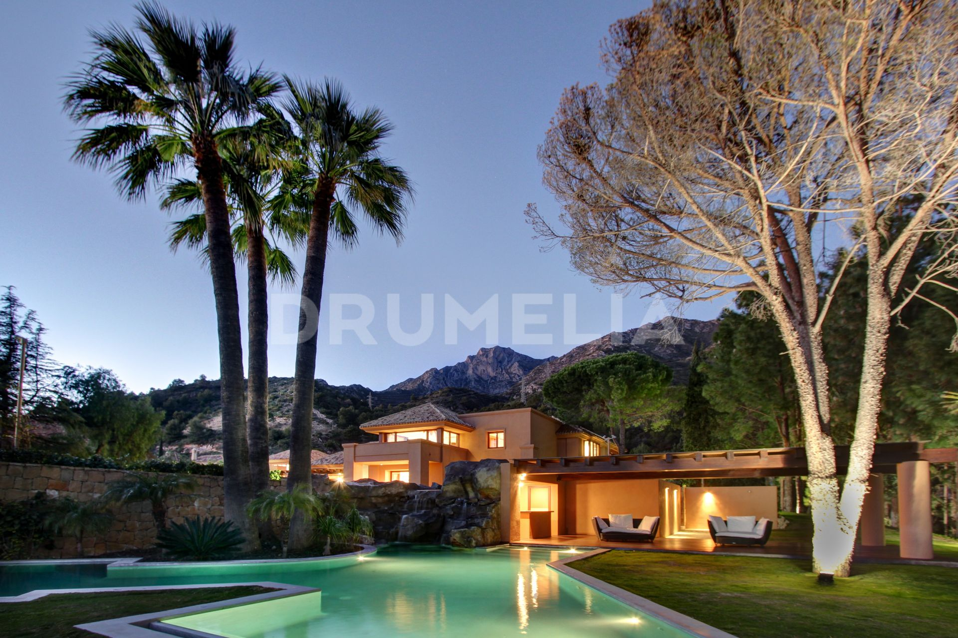 Marbella Golden Mile, Truly Exceptional Luxury Villa, Cascada de Camojan, Marbella Golden Mile
