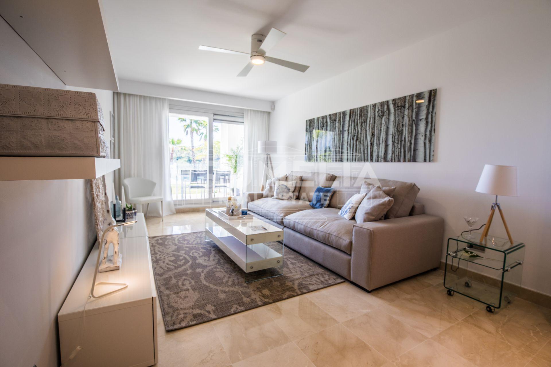 Fabulous Modern Mediterranean Style Apartment, Elviria, Marbella ...