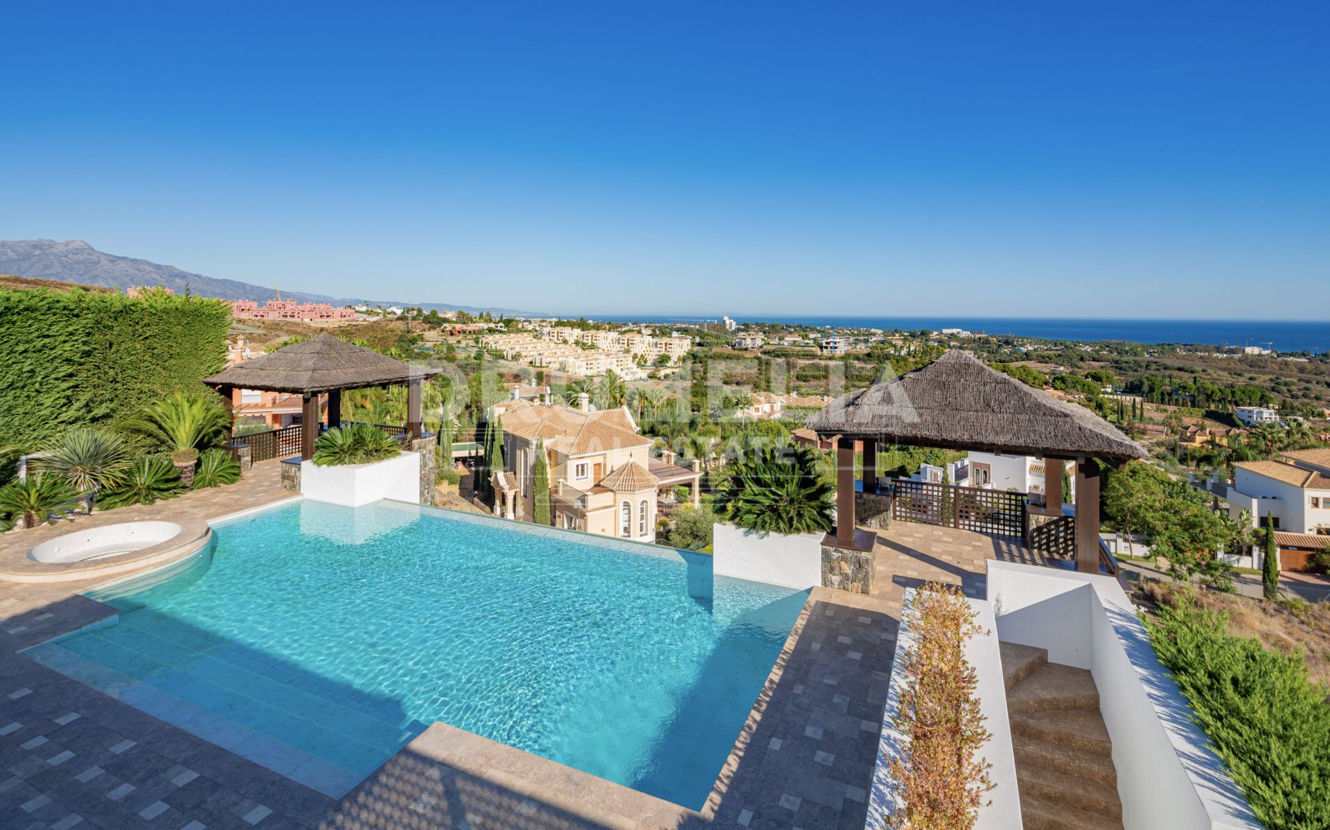 Benahavis, Exceptional Modern High-End Villa, Los Flamingos, Benahavis