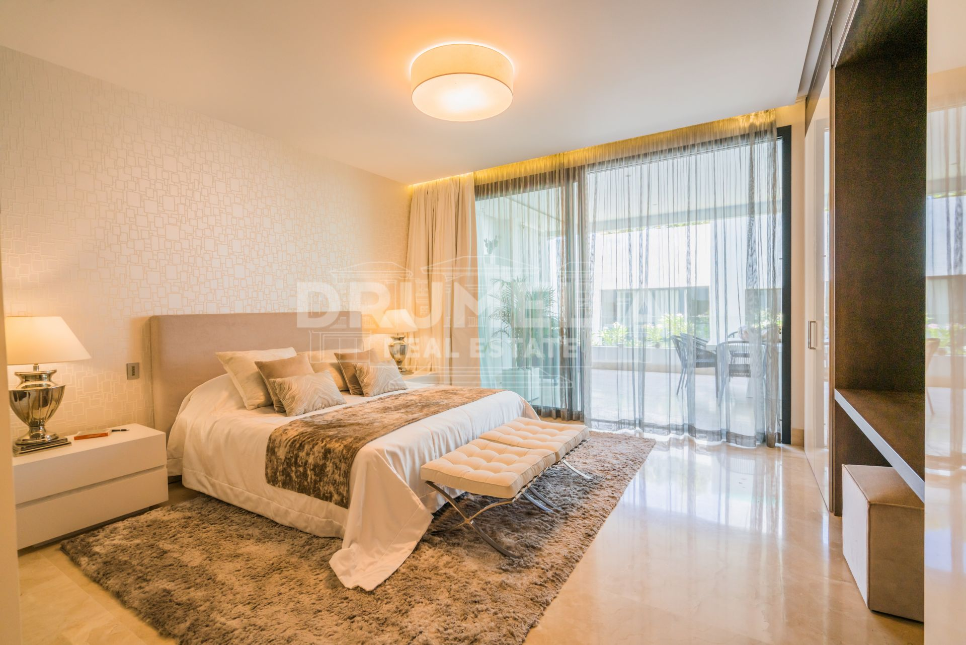Marbella Golden Mile, Elegant Modern Apartment in Reserva de Sierra Blanca, Golden Mile