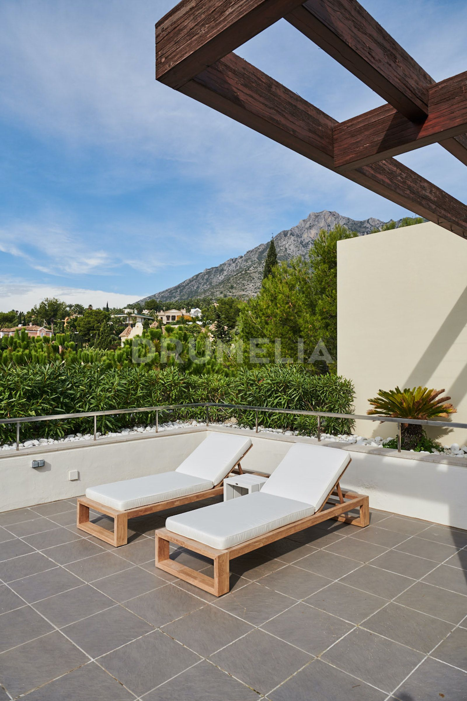 Duplex Penthouse in Imara, Marbella Golden Mile