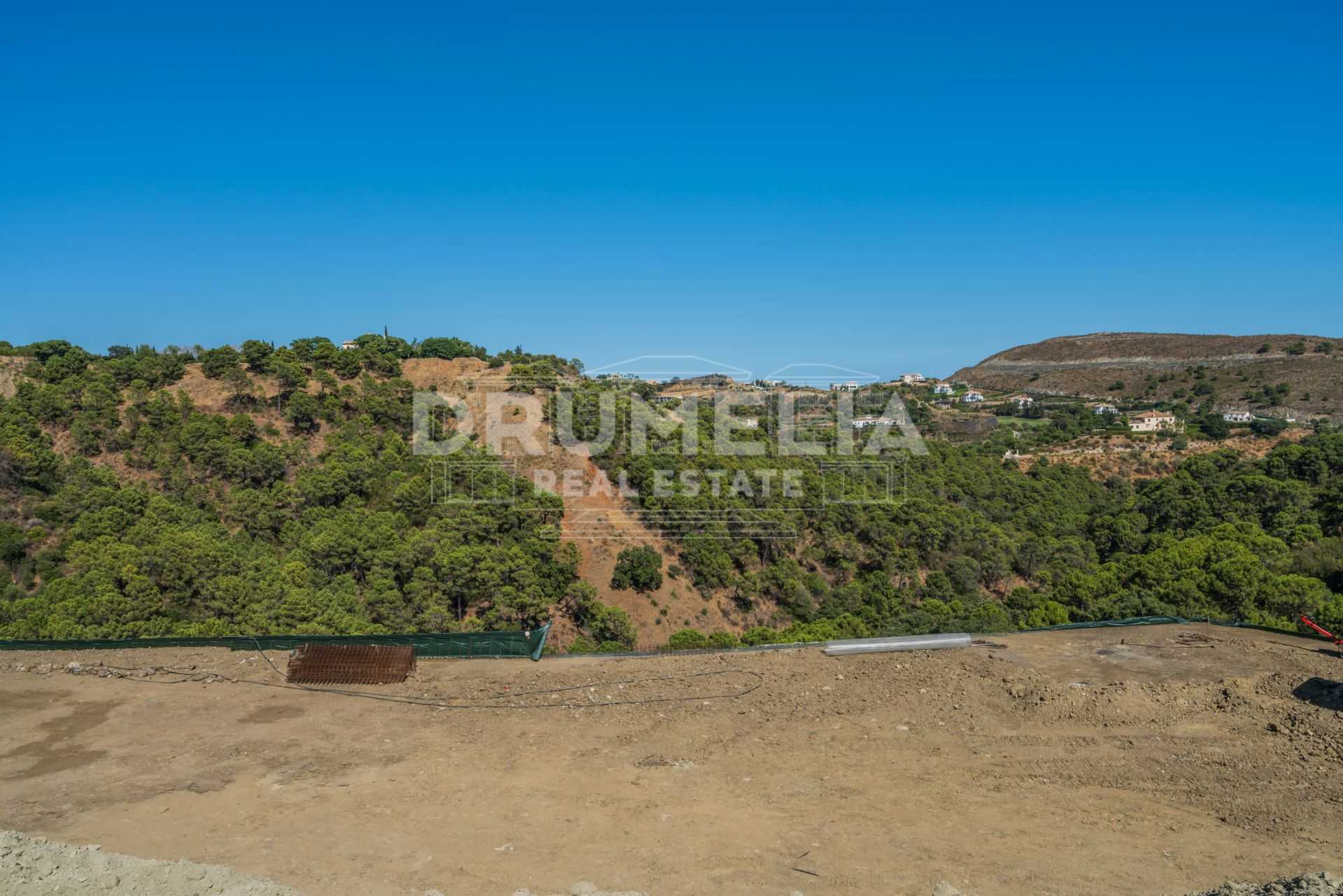 Benahavis,  Large picturesque plot with pastoral views in Monte Mayor, Benahavis