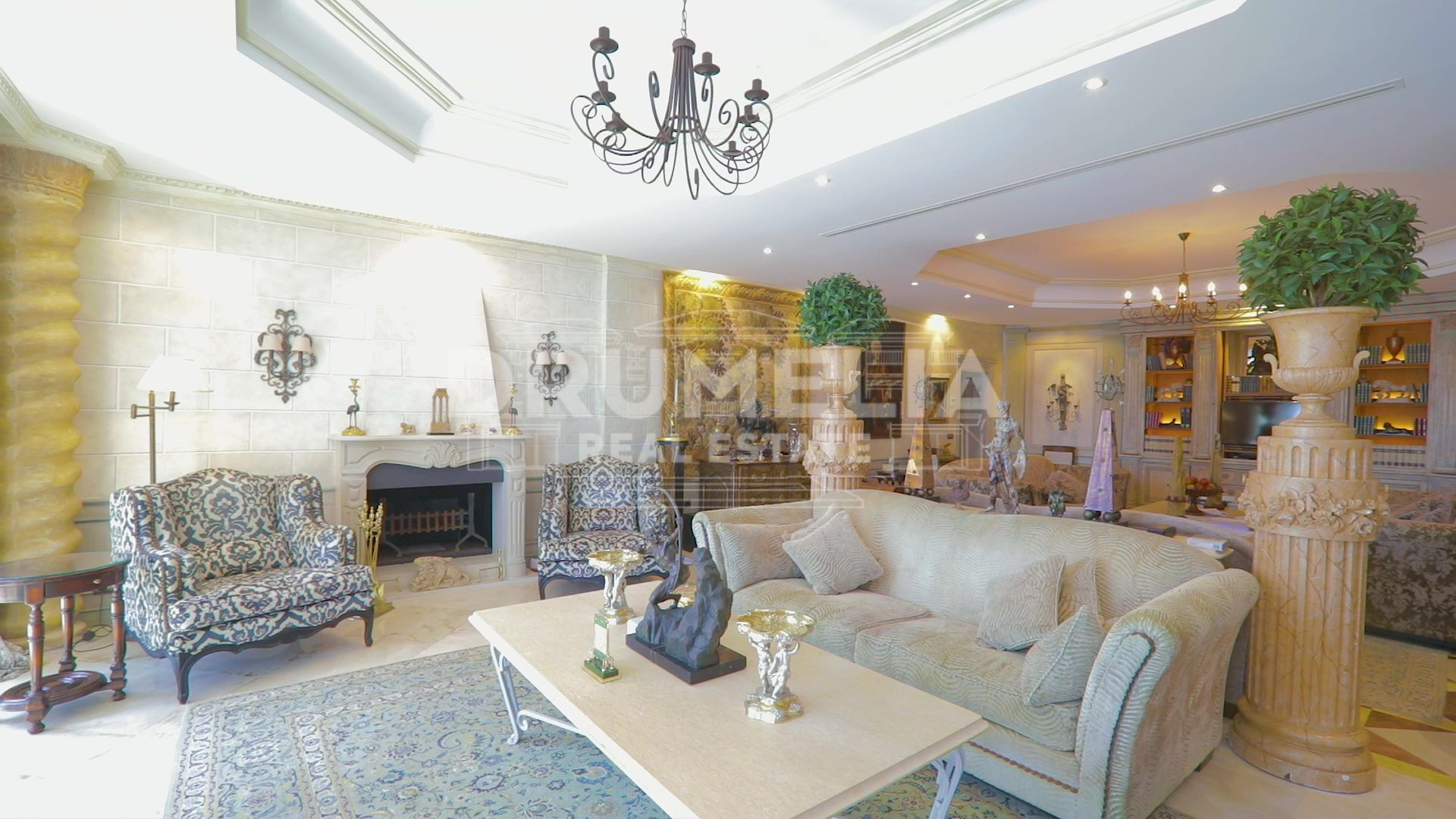 Mijas Costa, Luxurious Beachfront Villa, Mijas Costa