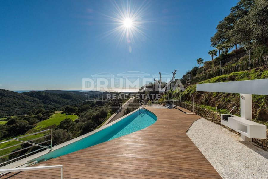 Benahavis, New Modern Villa with Sea Views in Monte Mayor, Benahavis