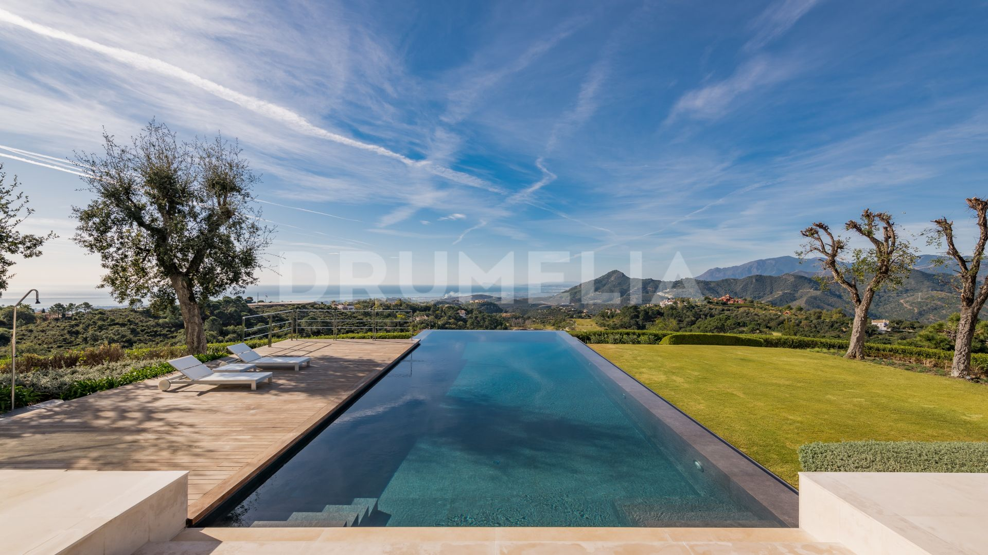 Benahavis, Chic Contemporary Style Luxury Villa with Panoramic Views in Zagaleta, Benahavis