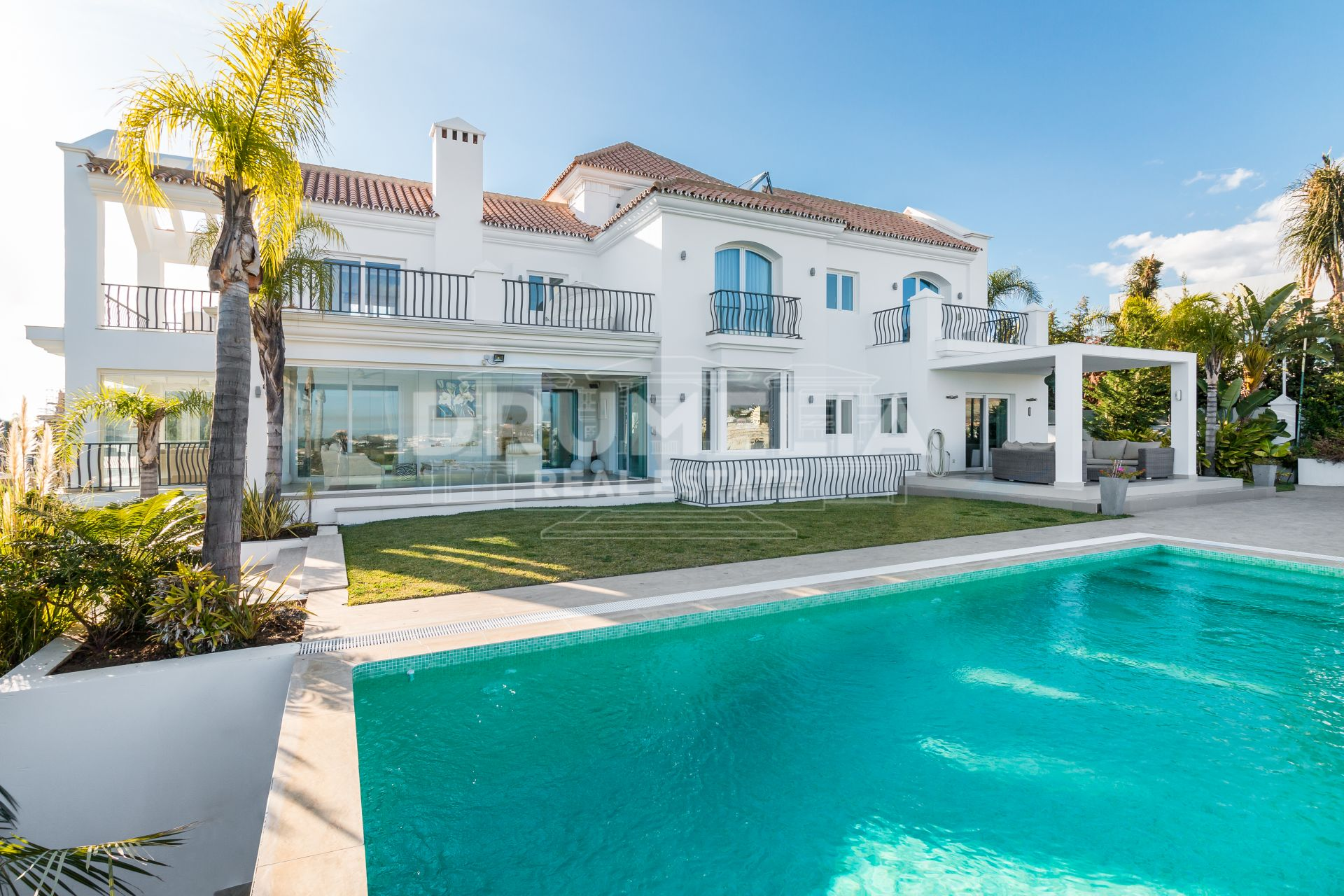 Benahavis, Fascinating Modern Mediterranean Luxury Villa with Panoramic Views, Los Flamingos Resort, Benahavis.