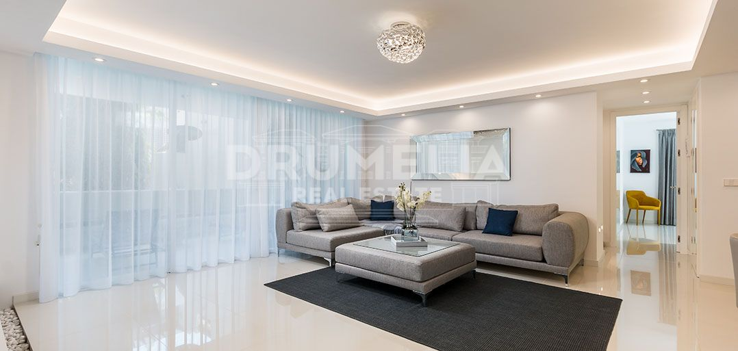 Marbella Golden Mile, Magnificent Beachside Modern Luxury Chic Apartment, Marina de Puente Romano, Marbella Golden Mile (Marbella)