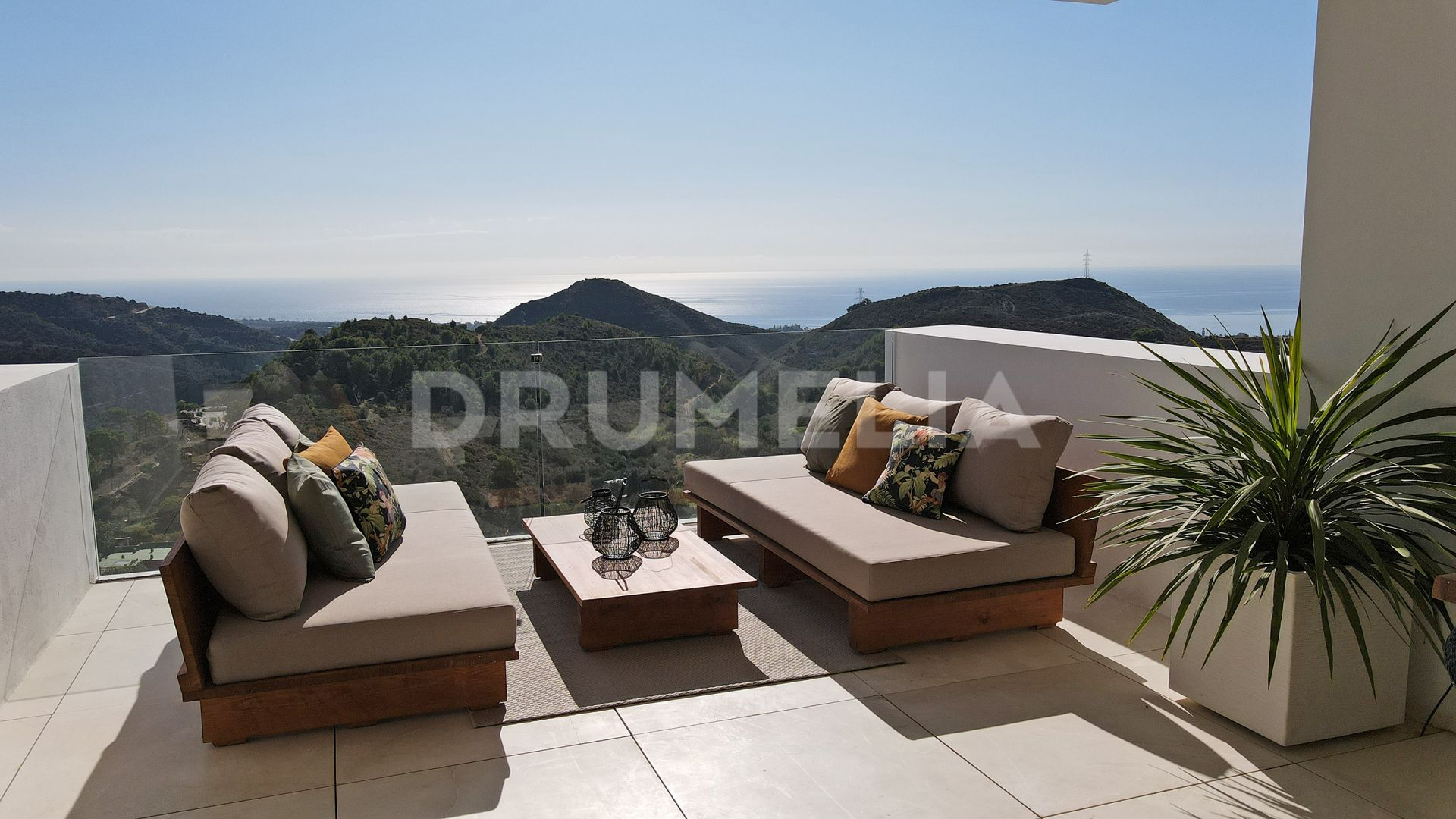 Ojen, Brand- New Modern Turnkey Apartment with Sea Views in Palo Alto, Ojen-Marbella