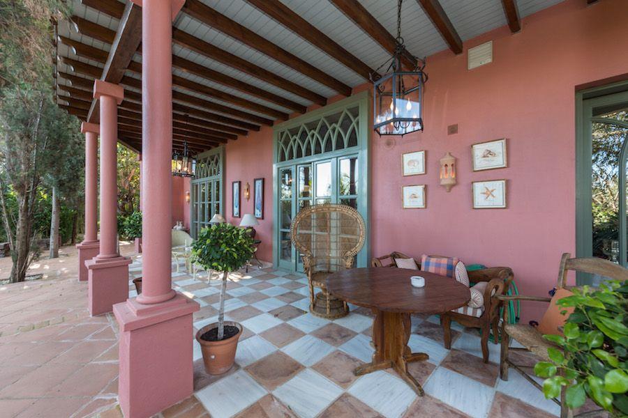 Villa  in Hacienda las Chapas, Marbella East, Marbella