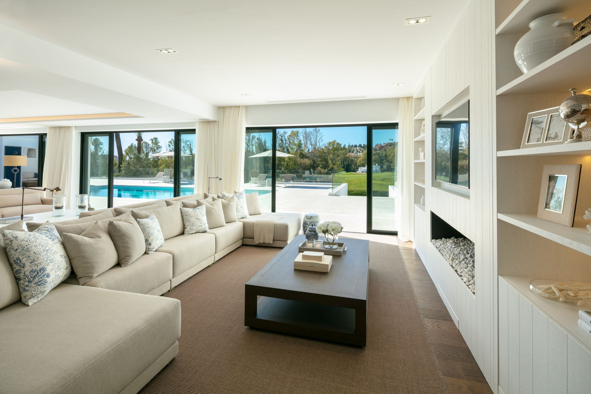 Villa  in Los Naranjos Golf, Nueva Andalucia, Marbella