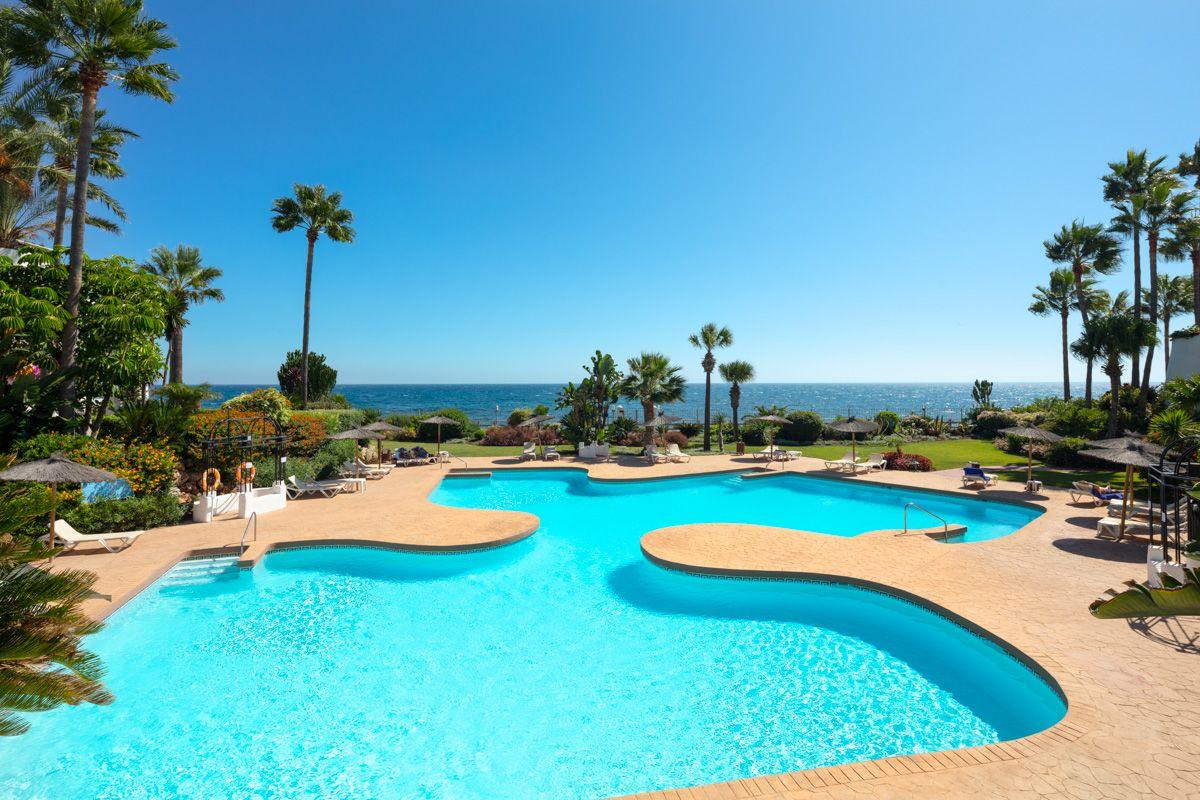 Apartment for sale in Ventura del Mar, Marbella - Puerto Banus, Marbella