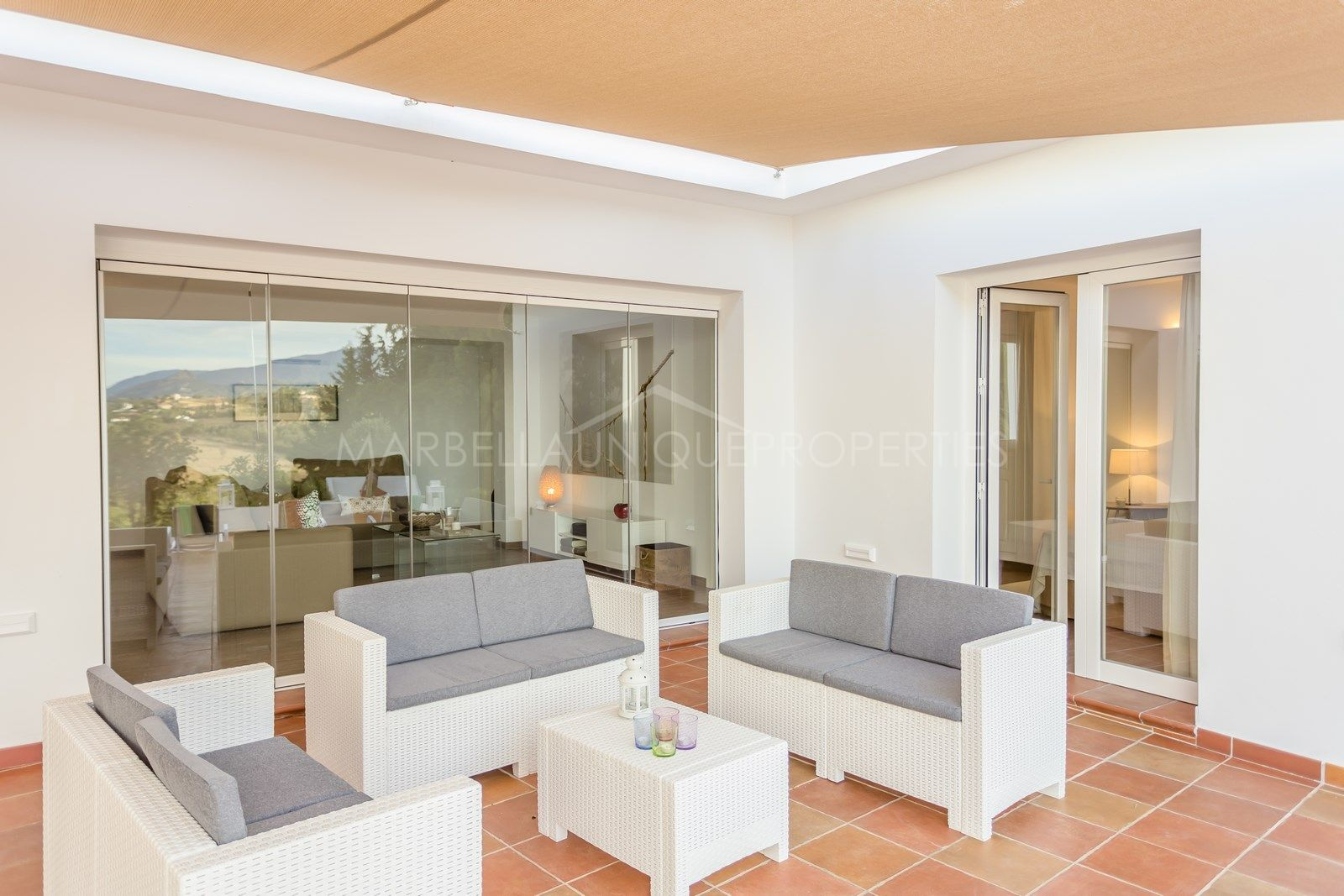 Beautiful typical Andalusian villa for sale in El Padron, Estepona