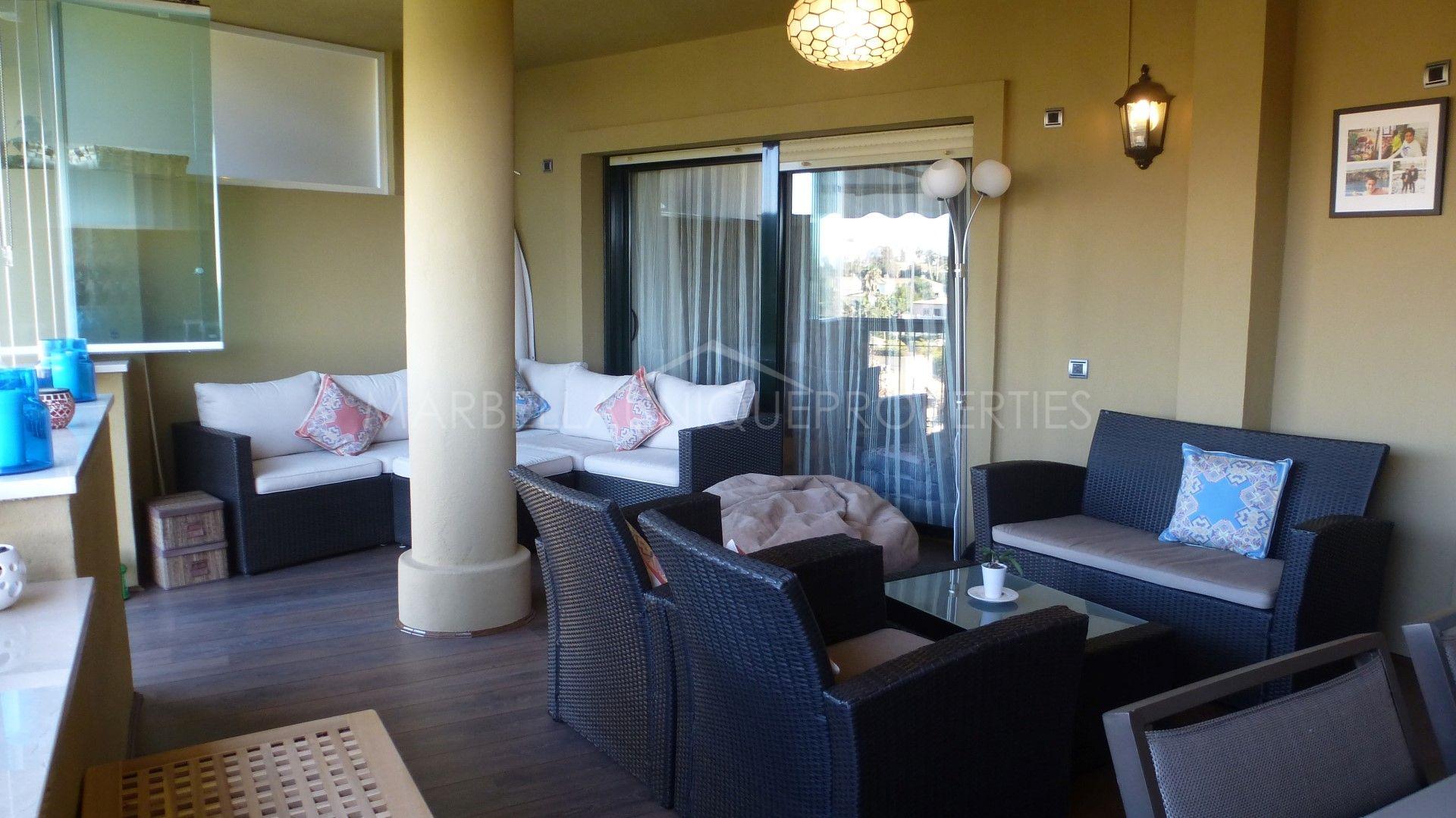 A stunning frontline golf 3 bedroom duplex penthouse in Guadalmina Alta