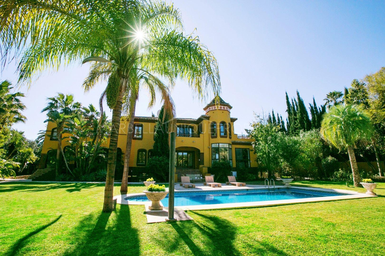 Espléndida residencia de lujo en Atalaya de Rio Verde