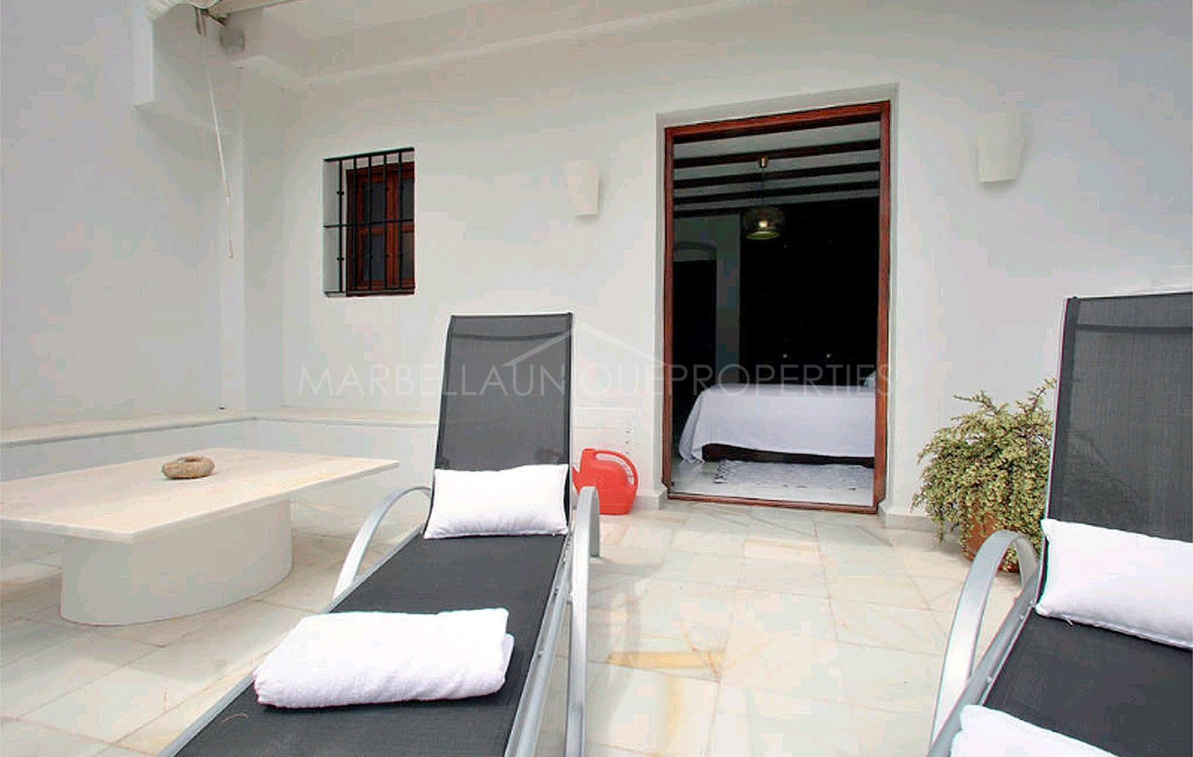 Great 4 bedroom refurbished townhouse in montepiedra marbella