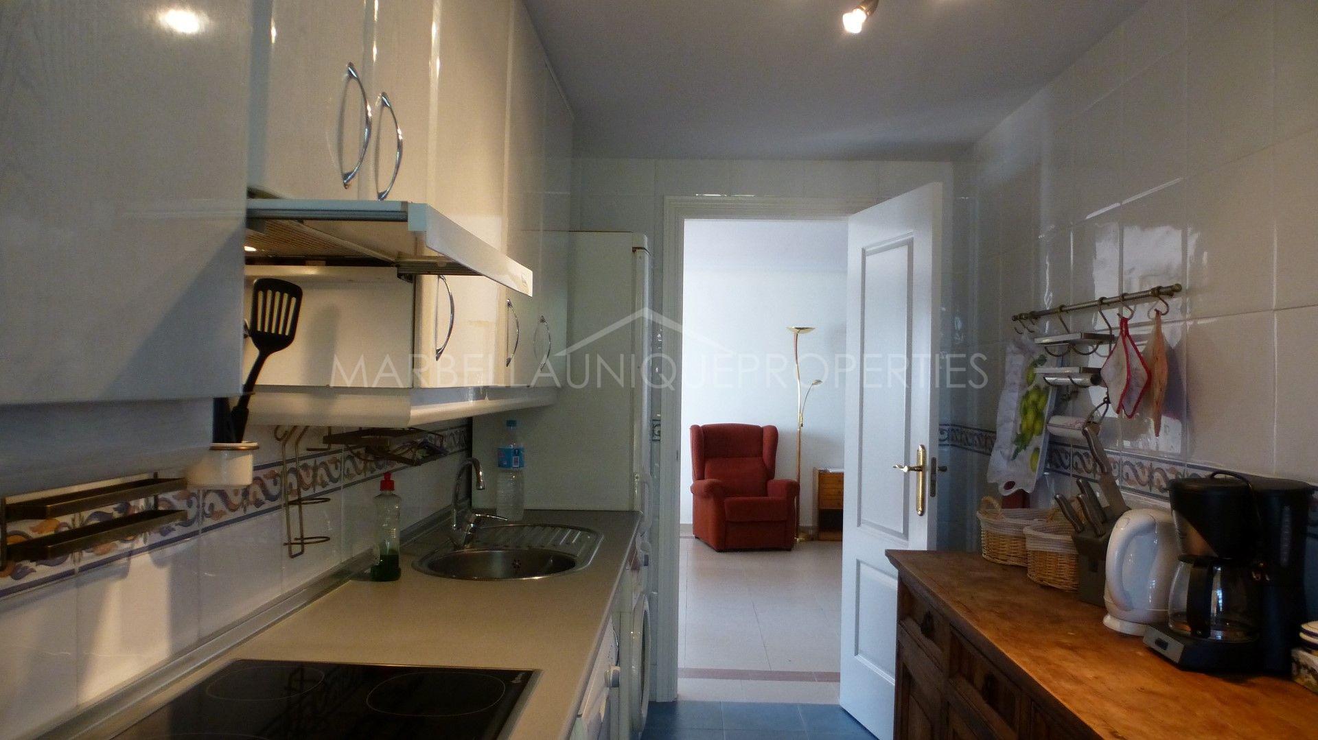Un apartamento ideal con 2 dormitorios en la maestranza - La sala nueva andalucia ...