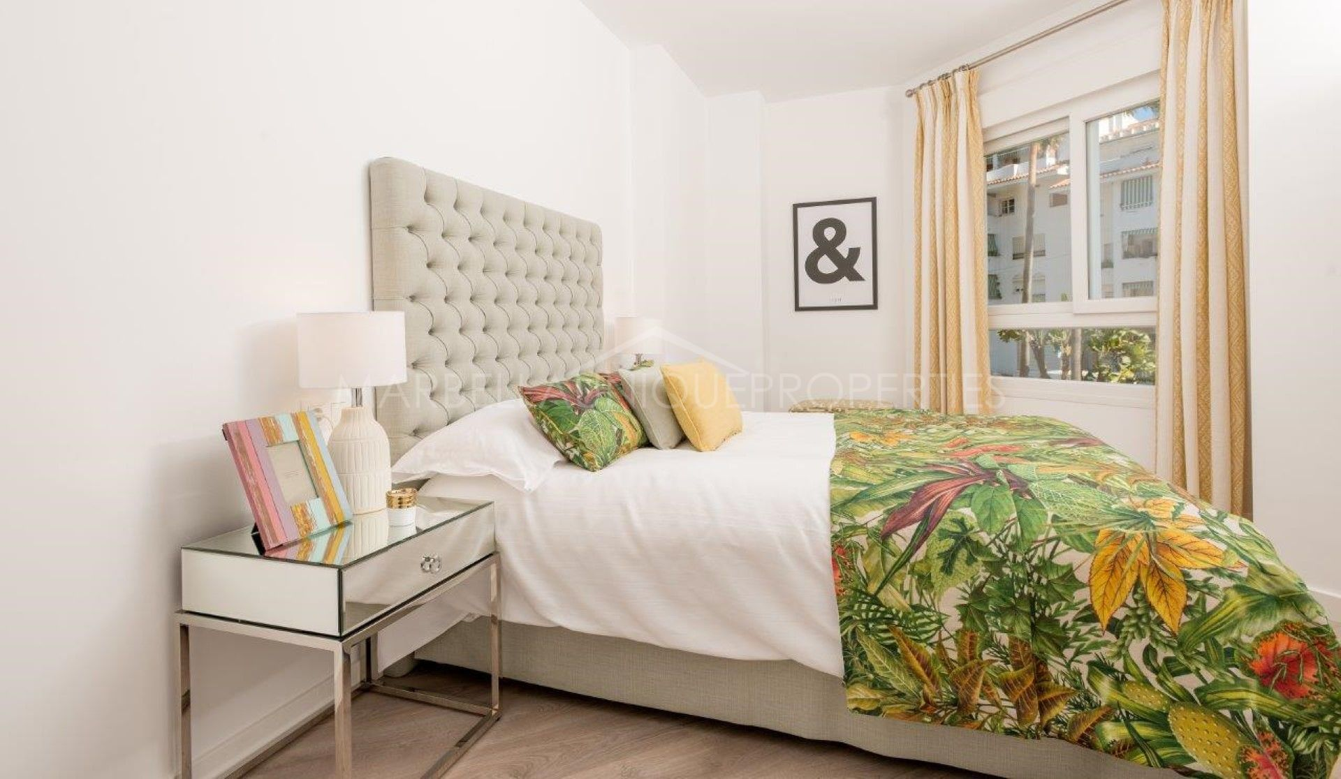 Brand New 2 Bedroom Apartment In La Campana Nueva Andalucia