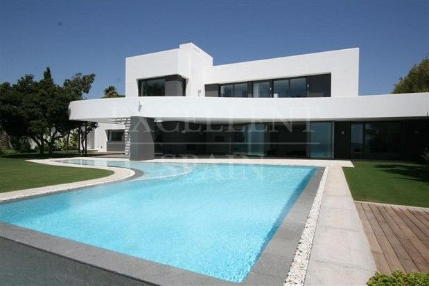 Los Monteros Playa, Marbella front line beach contemporary villa for sale