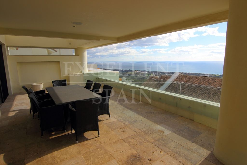 Penthouse in Los Altos de los Monteros, Marbella East