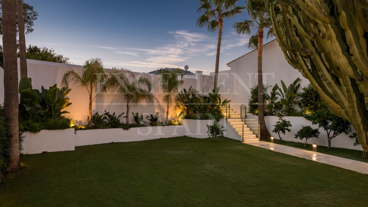 Villa in Arena Beach, Estepona