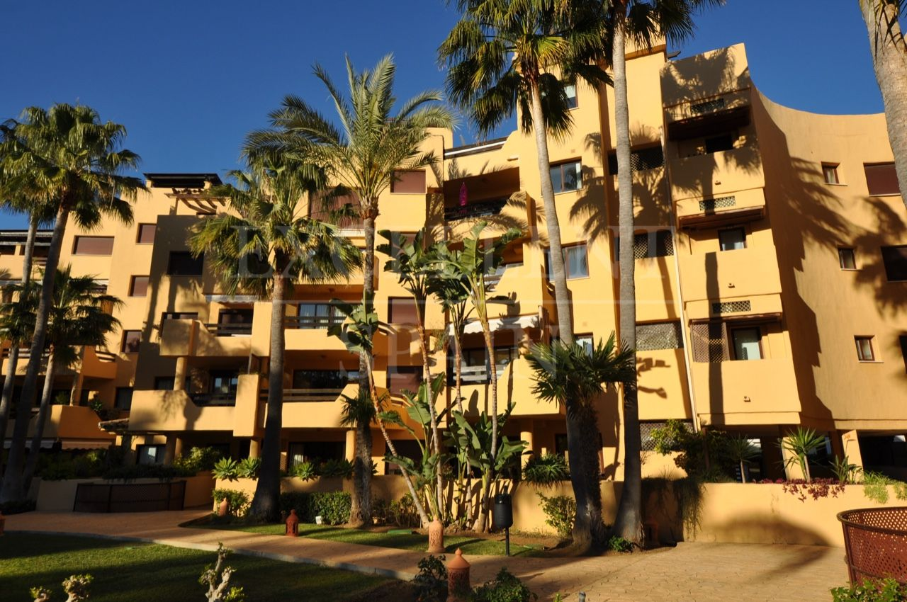 Ground Floor Apartment for sale in Costalita, Estepona