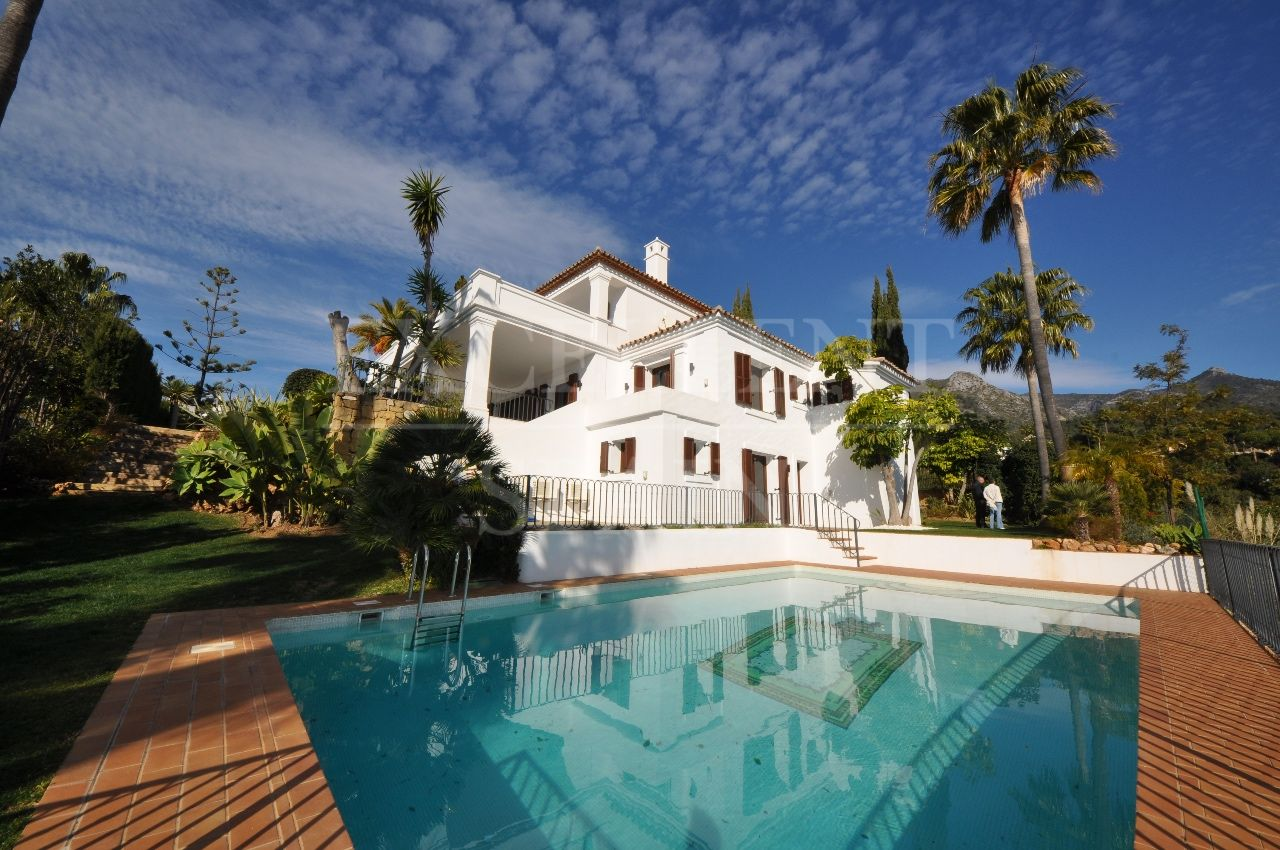 Monte Paraiso Country Club, Golden Mile, Marbella, villa for sale with sea views