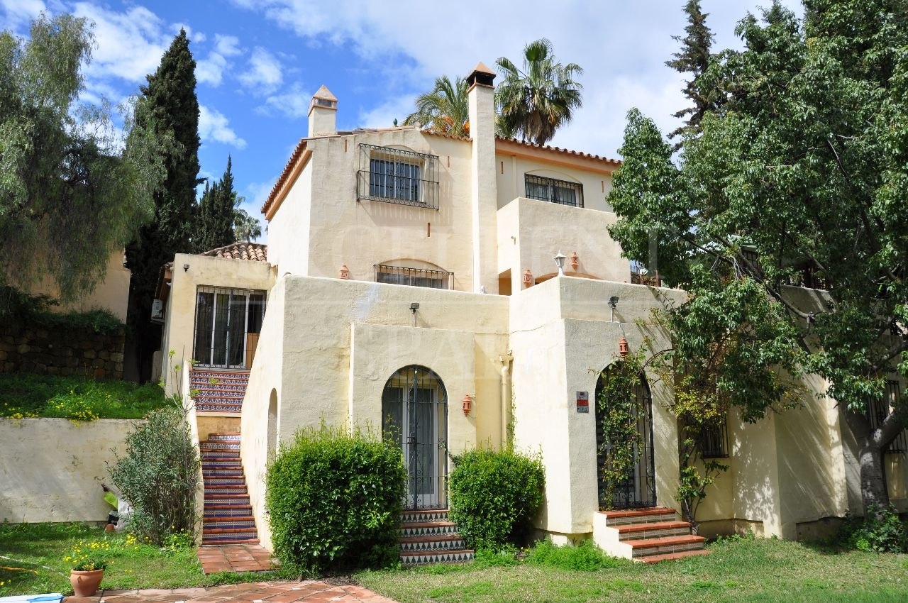 Los Naranjos Hill Club, Nueva Andalucia, Marbella, detached villa for sale
